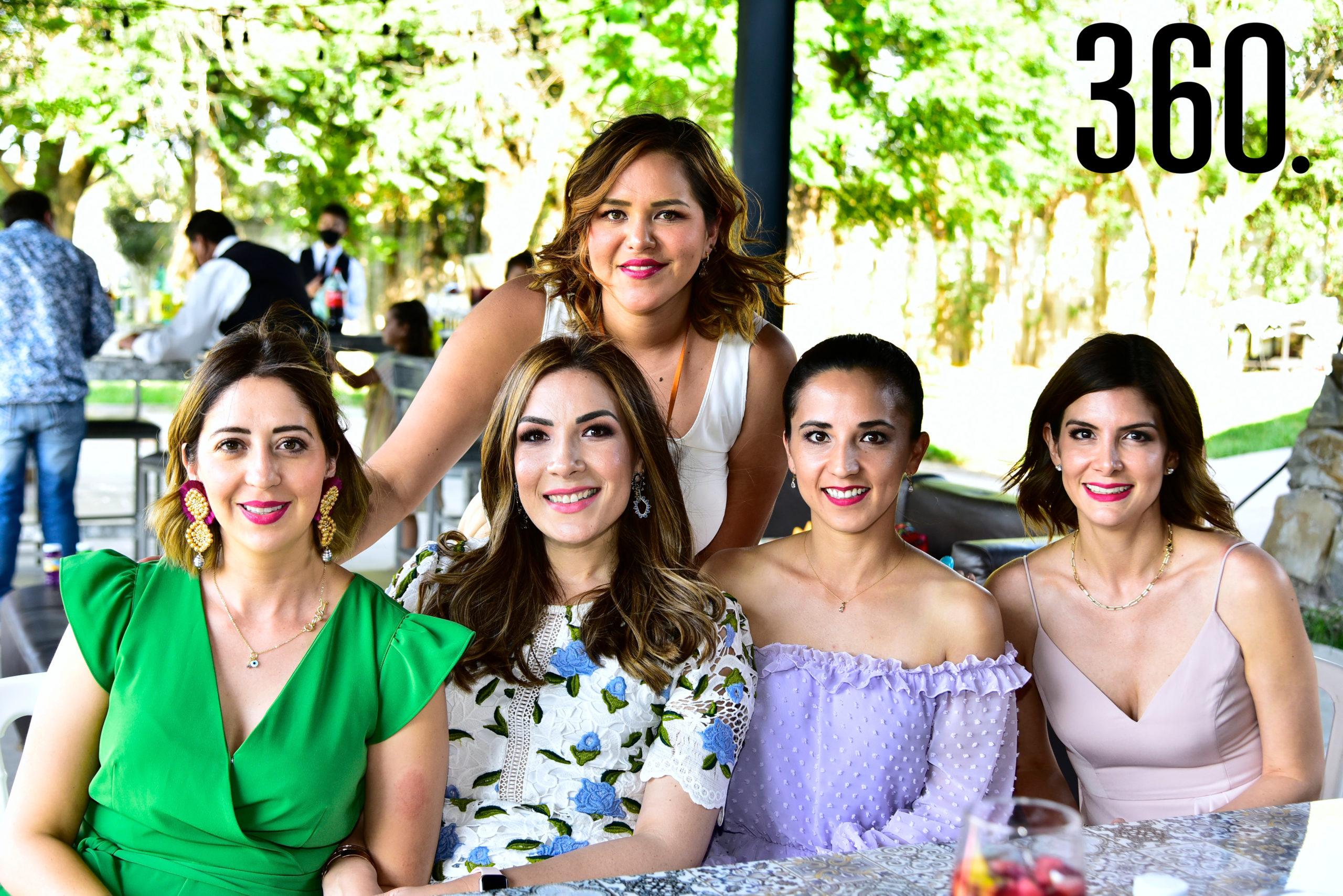 Nicte Guerrero, Yussel Lozano, Beatriz Carrillo, Wendy Castañeda y Adriana Rodríguez.