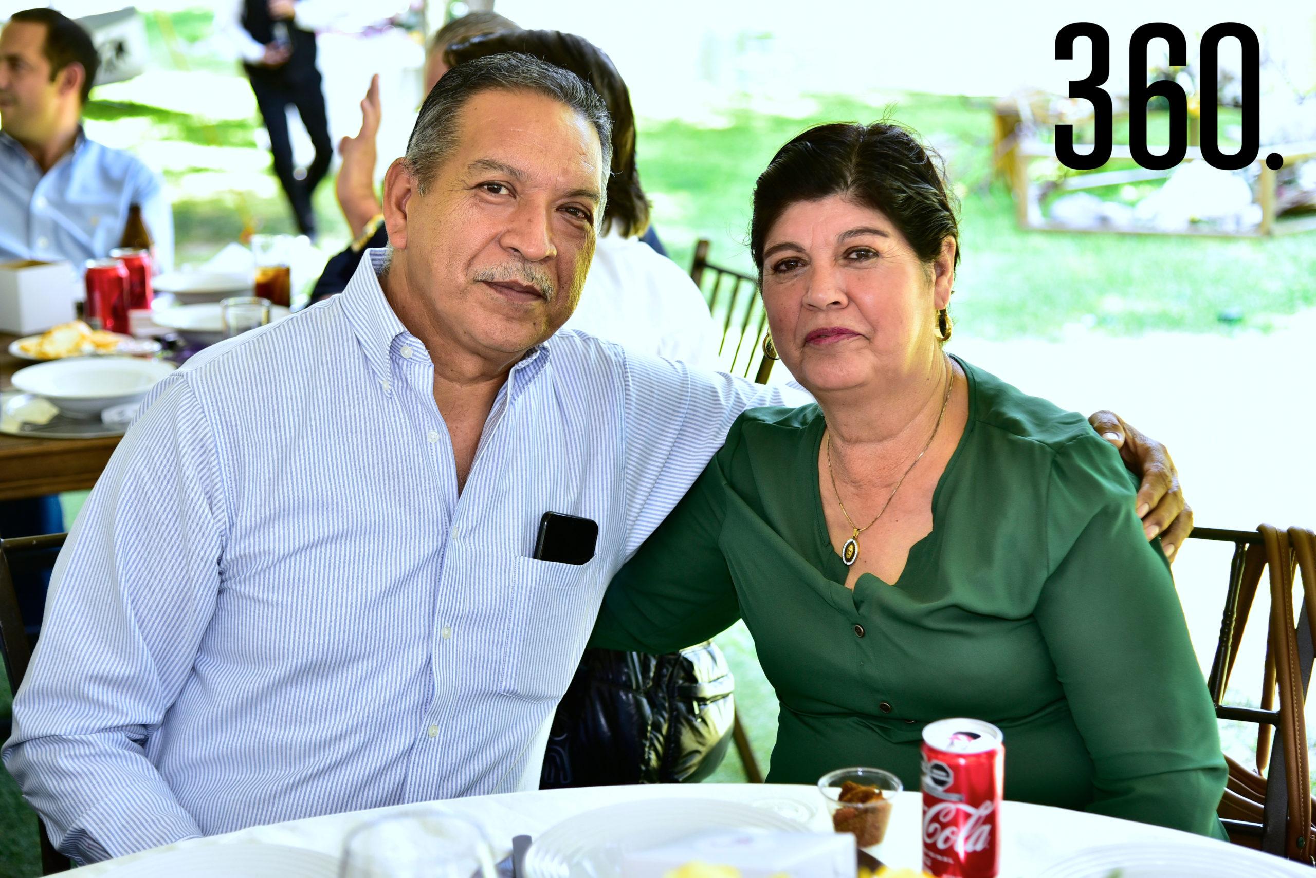 Demetrio Martínez e Idalia Gandarilla.