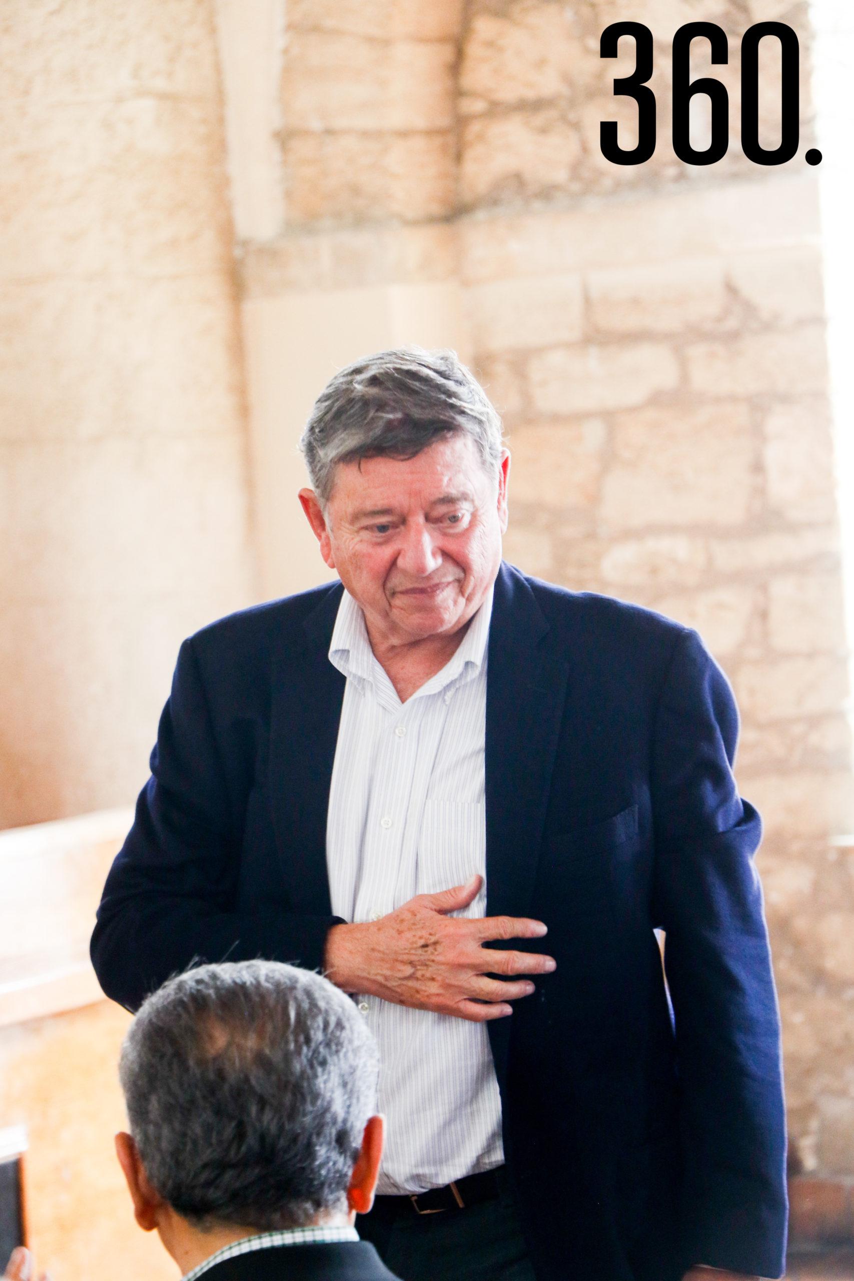 Rogelio Montemayor.