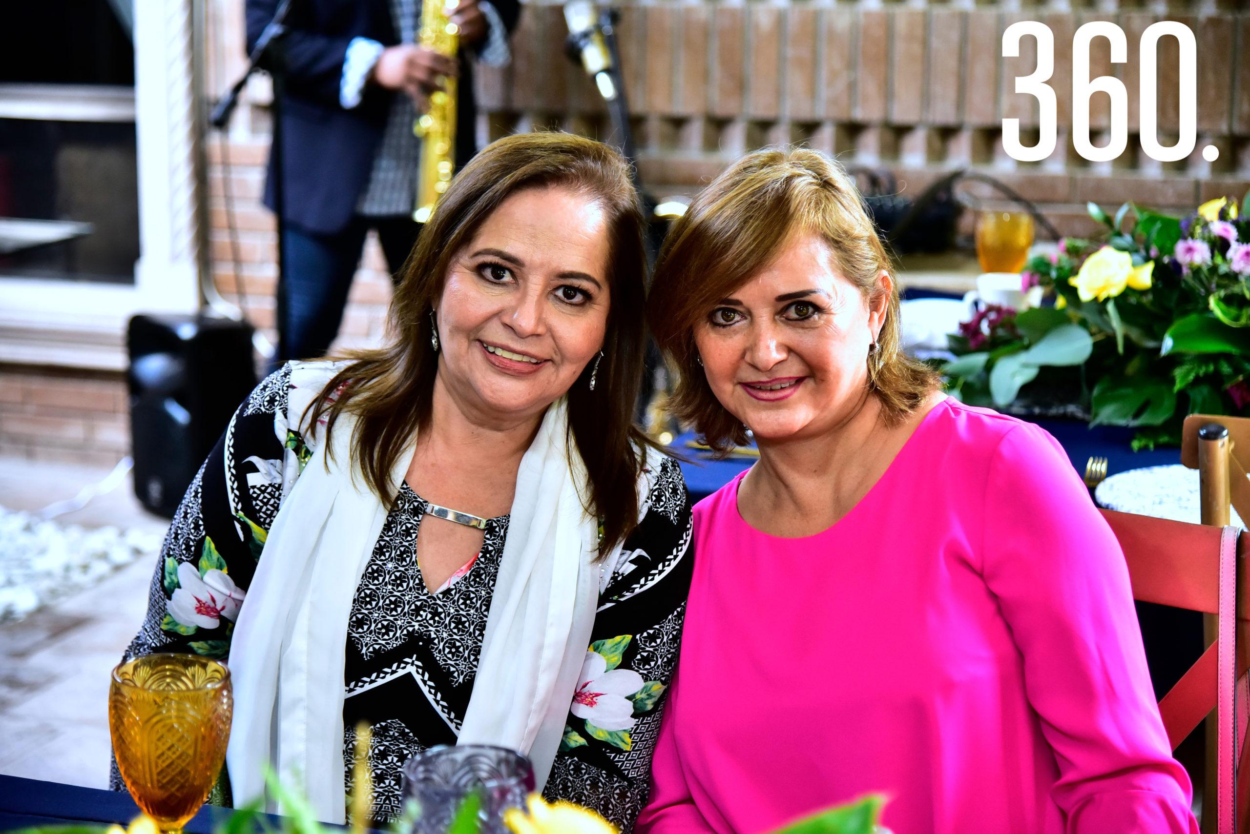 Lili Melo de De las Fuentes y Ana María Melo.