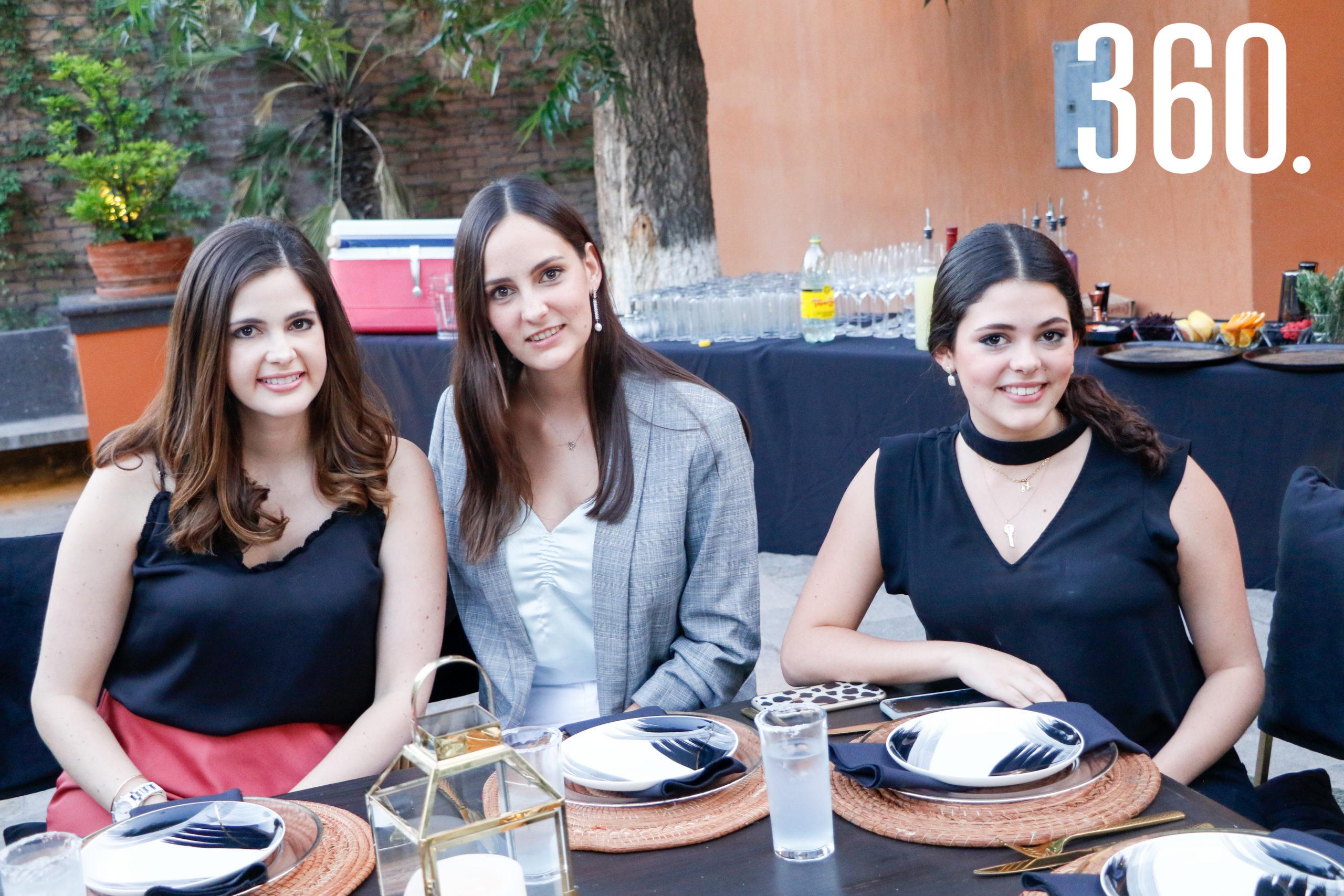 Ana Sofía, María y Ximena García.