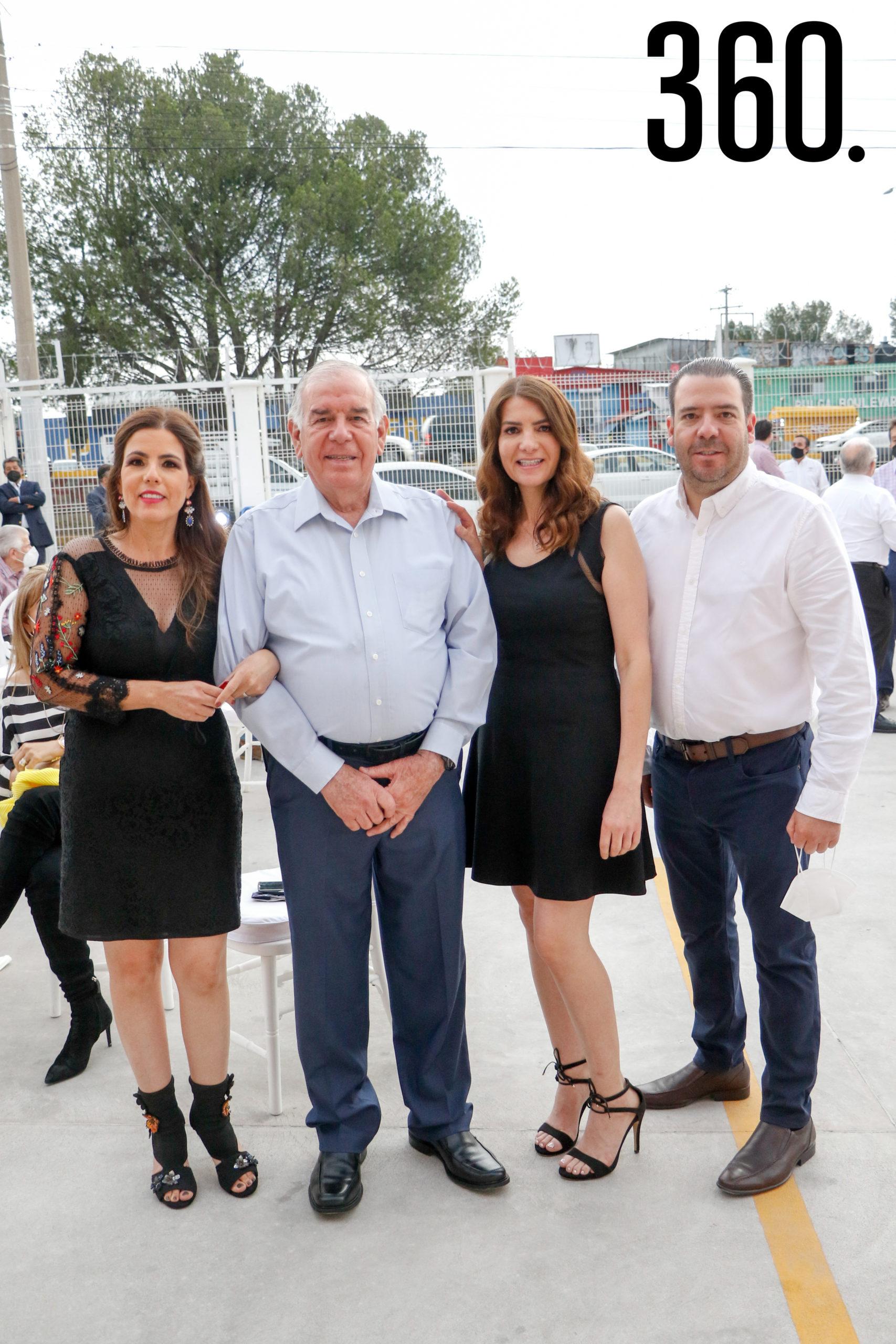Karla, Jorge, Ileana y Jorge Güitron.