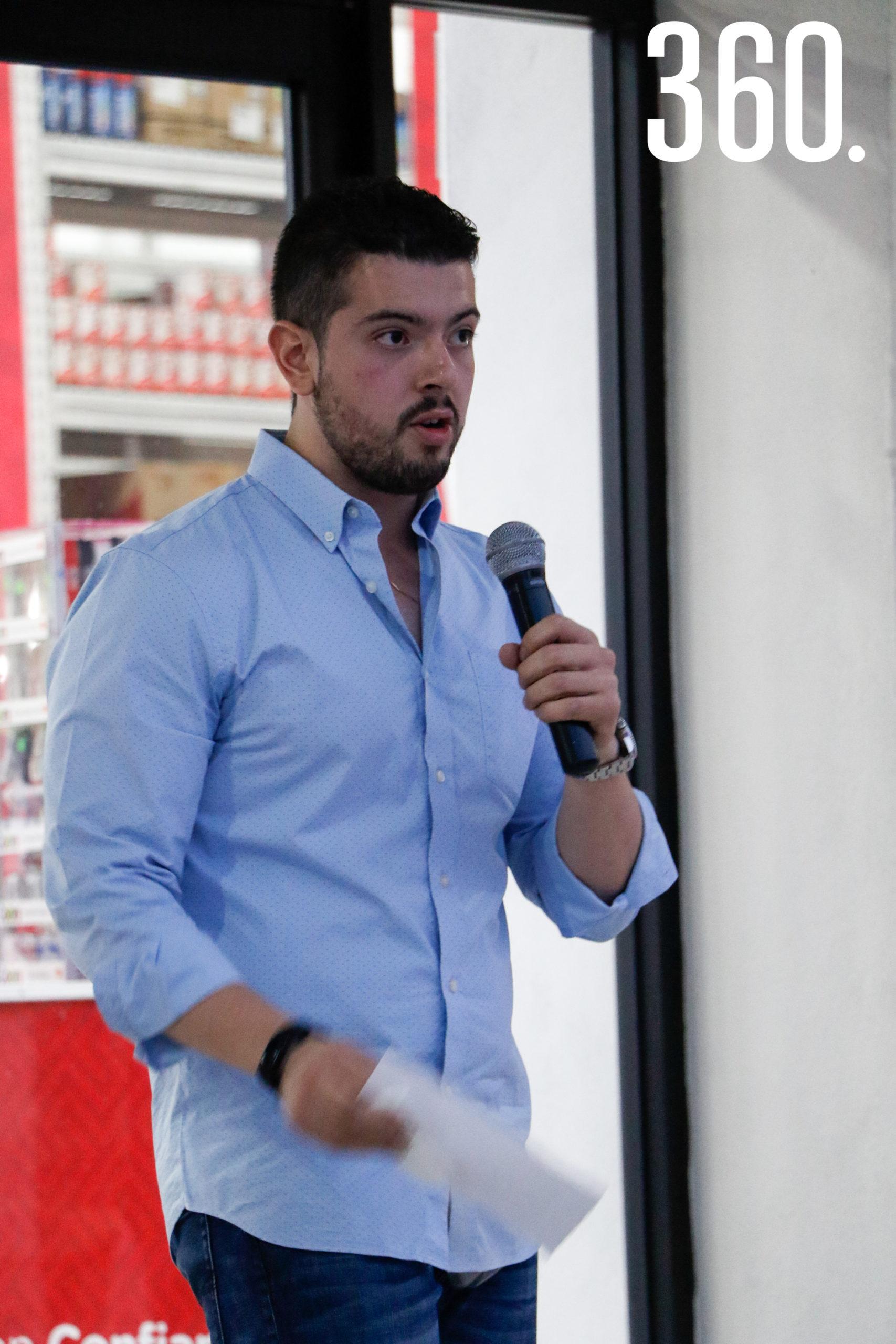 Alejandro Güitron.