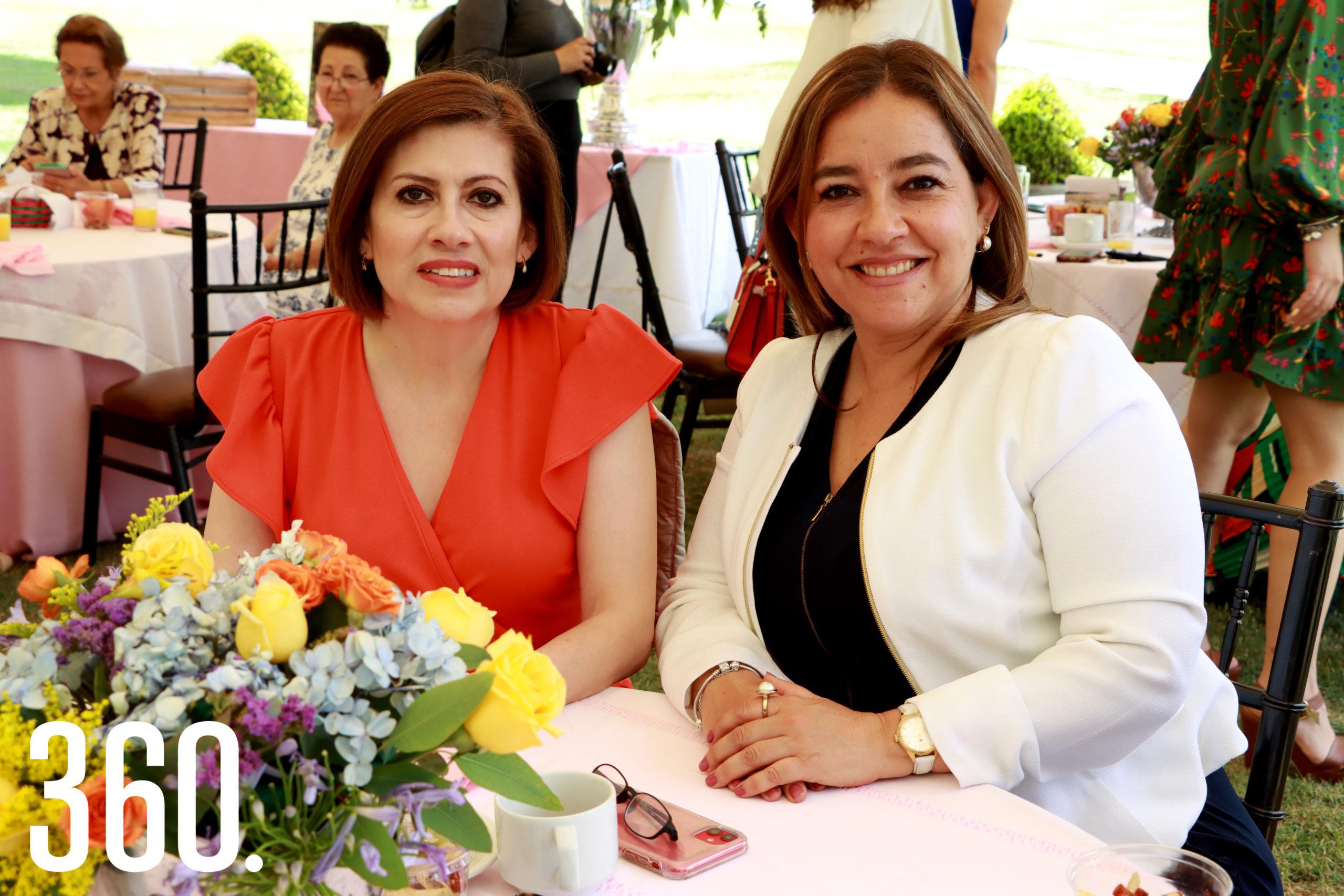 Lorena Barrera y Laura Aguirre.