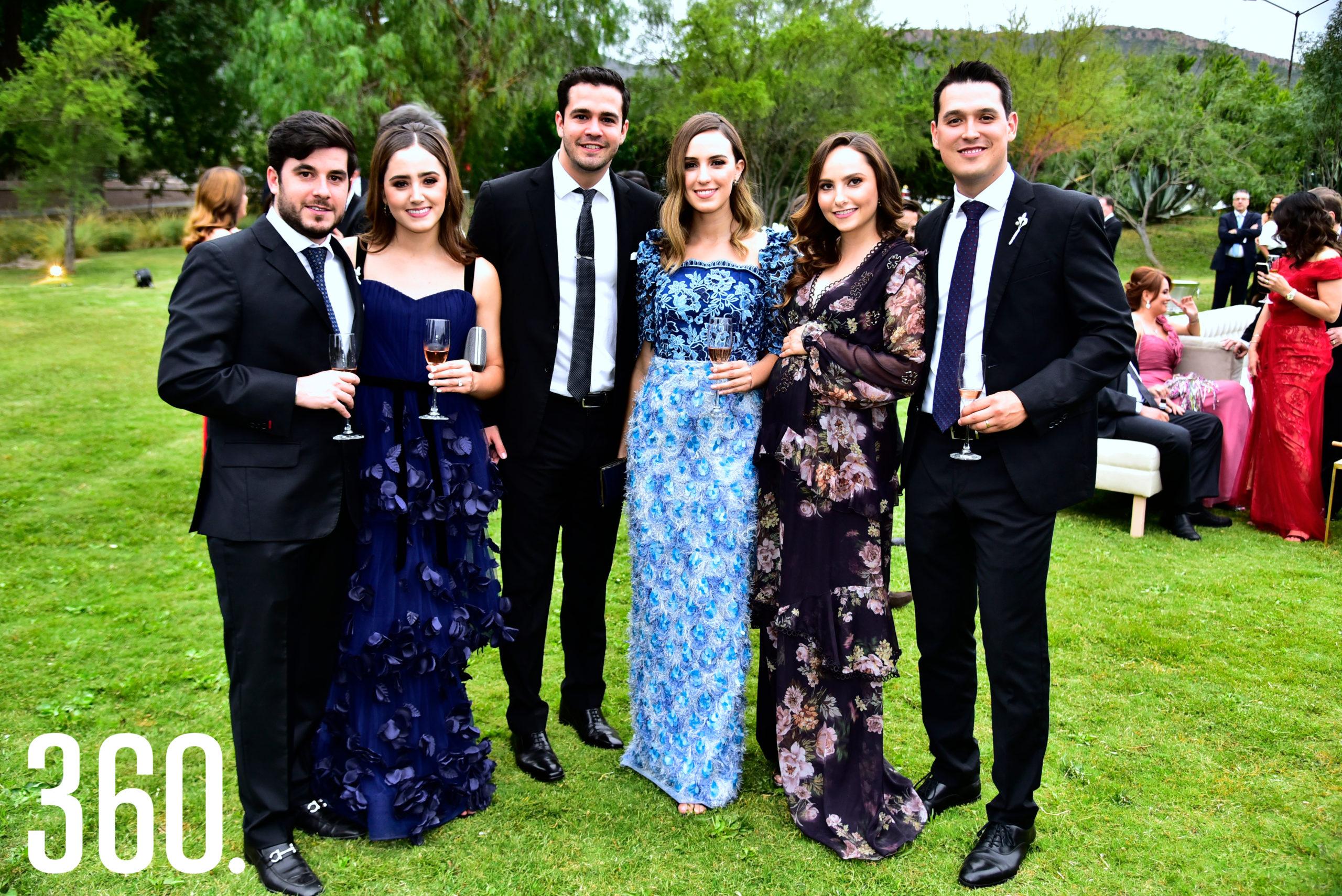 Adrián López, Mariana Cepeda, Raúl Galicia, Beatriz Cárdenas, Maritere Lomelí y Guillermo Wah.