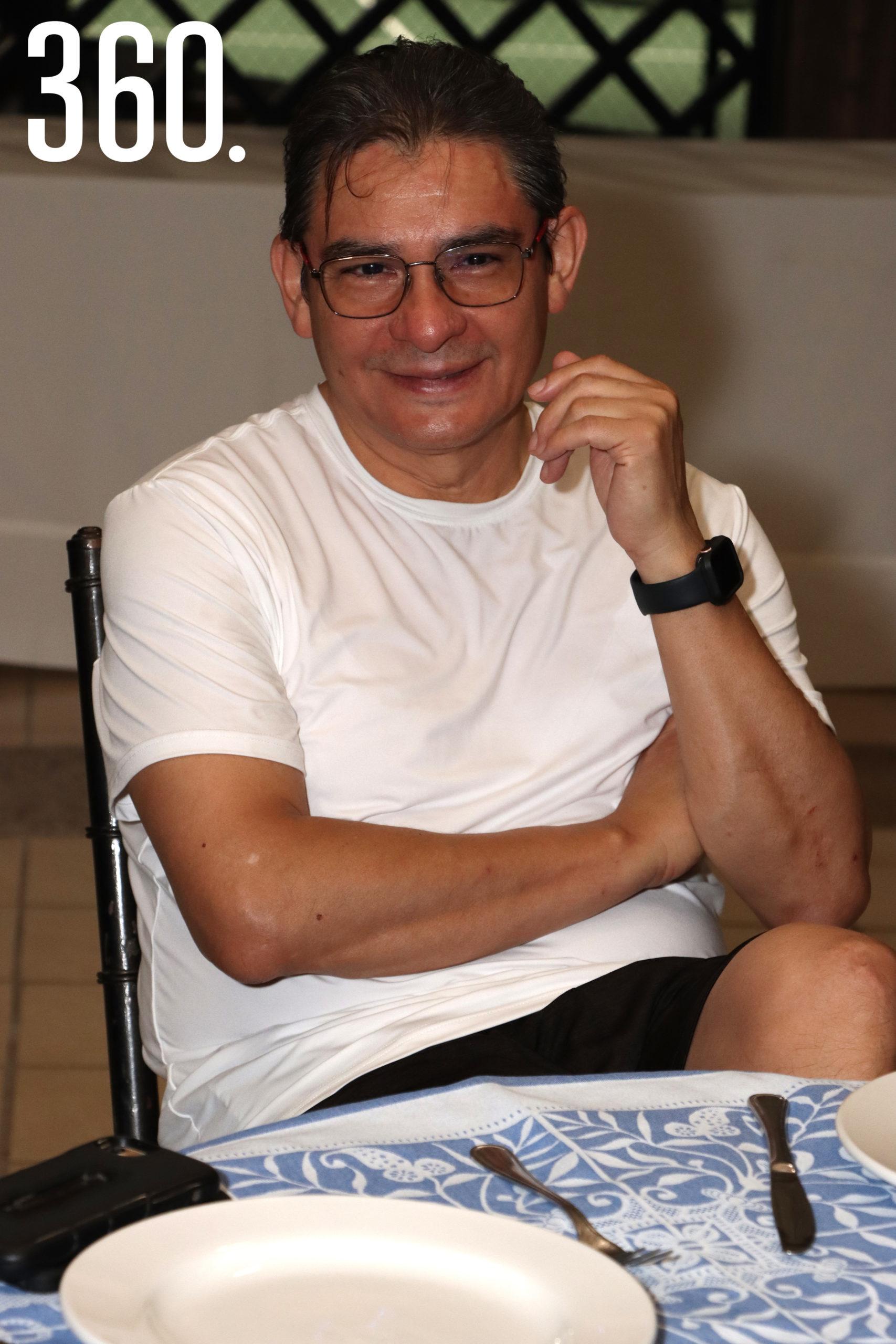 Hugo Solís.