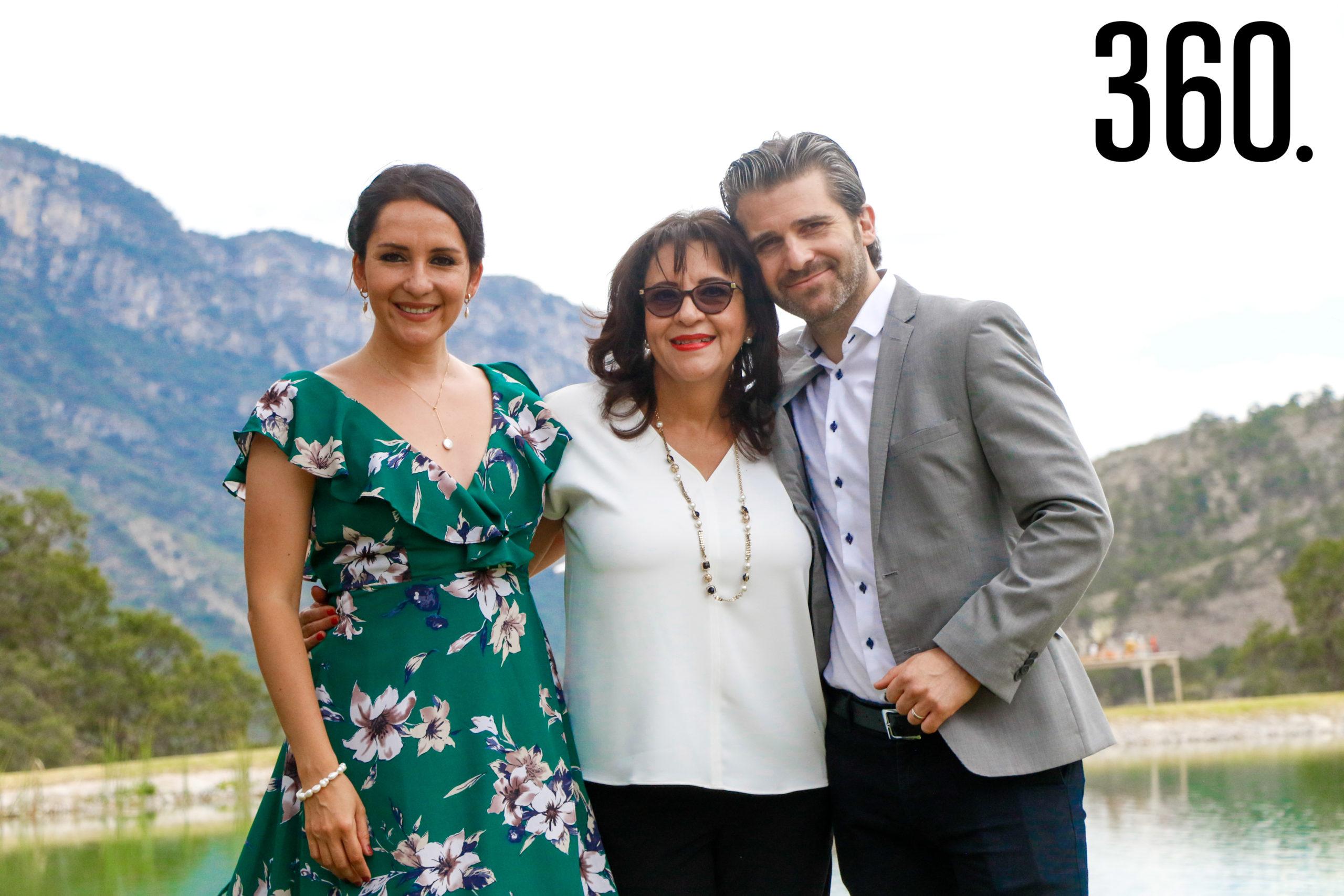 Erika Gallegos, Marcela Vázquez y y Baris Emre Öztürk.