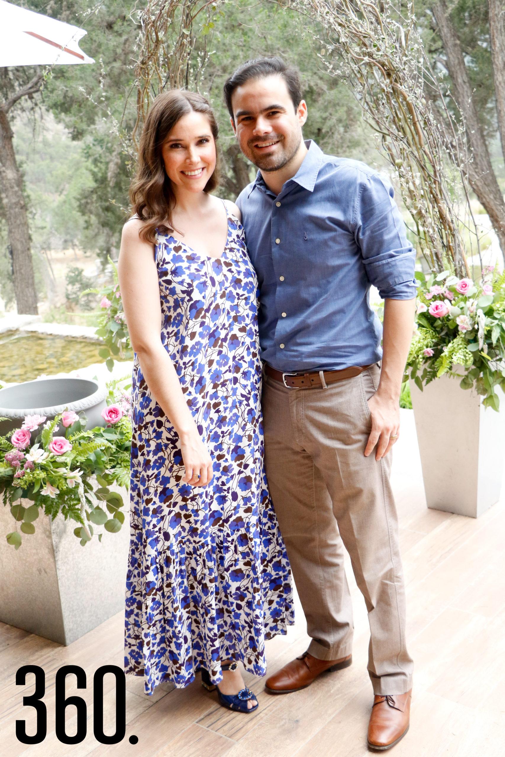 Regina Monzón y Ricardo Espino.