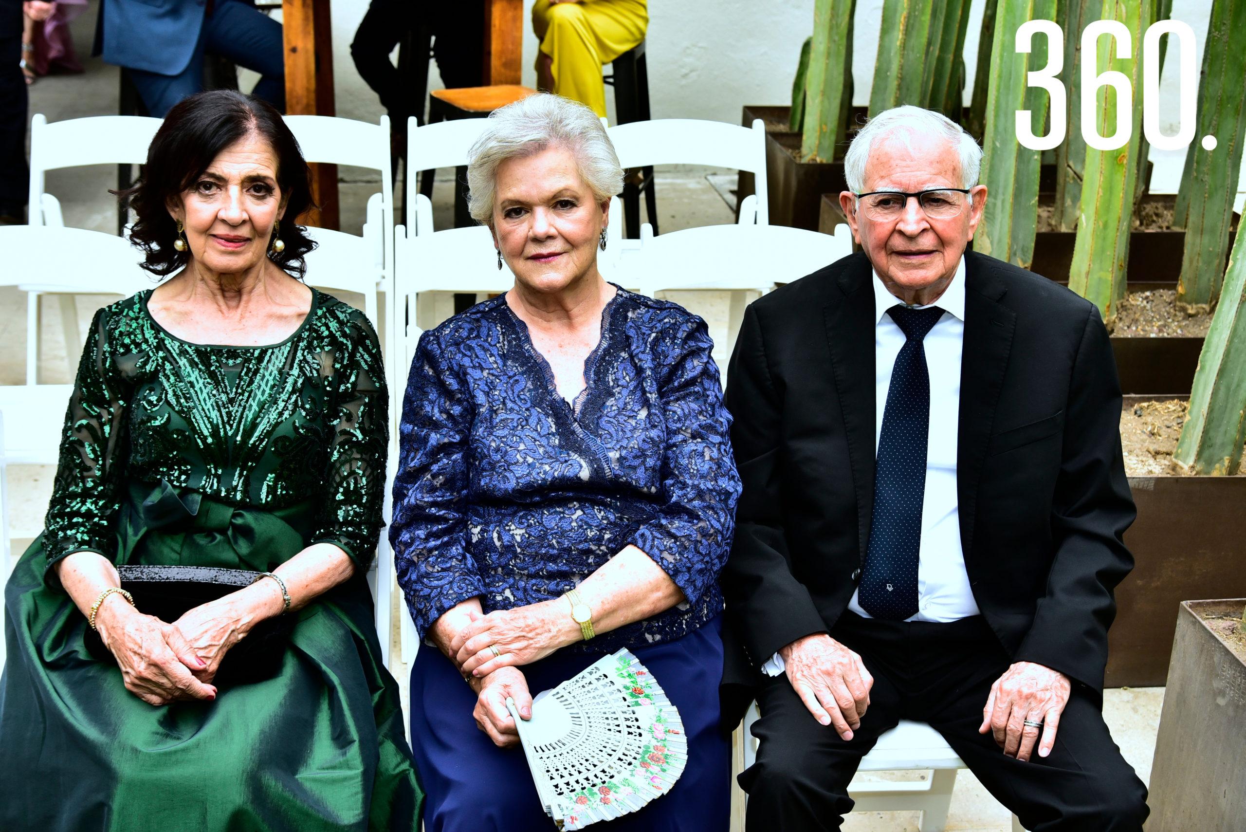 Luz María Coronas, Sofía Elena Villarreal y José Luis Rodríguez.