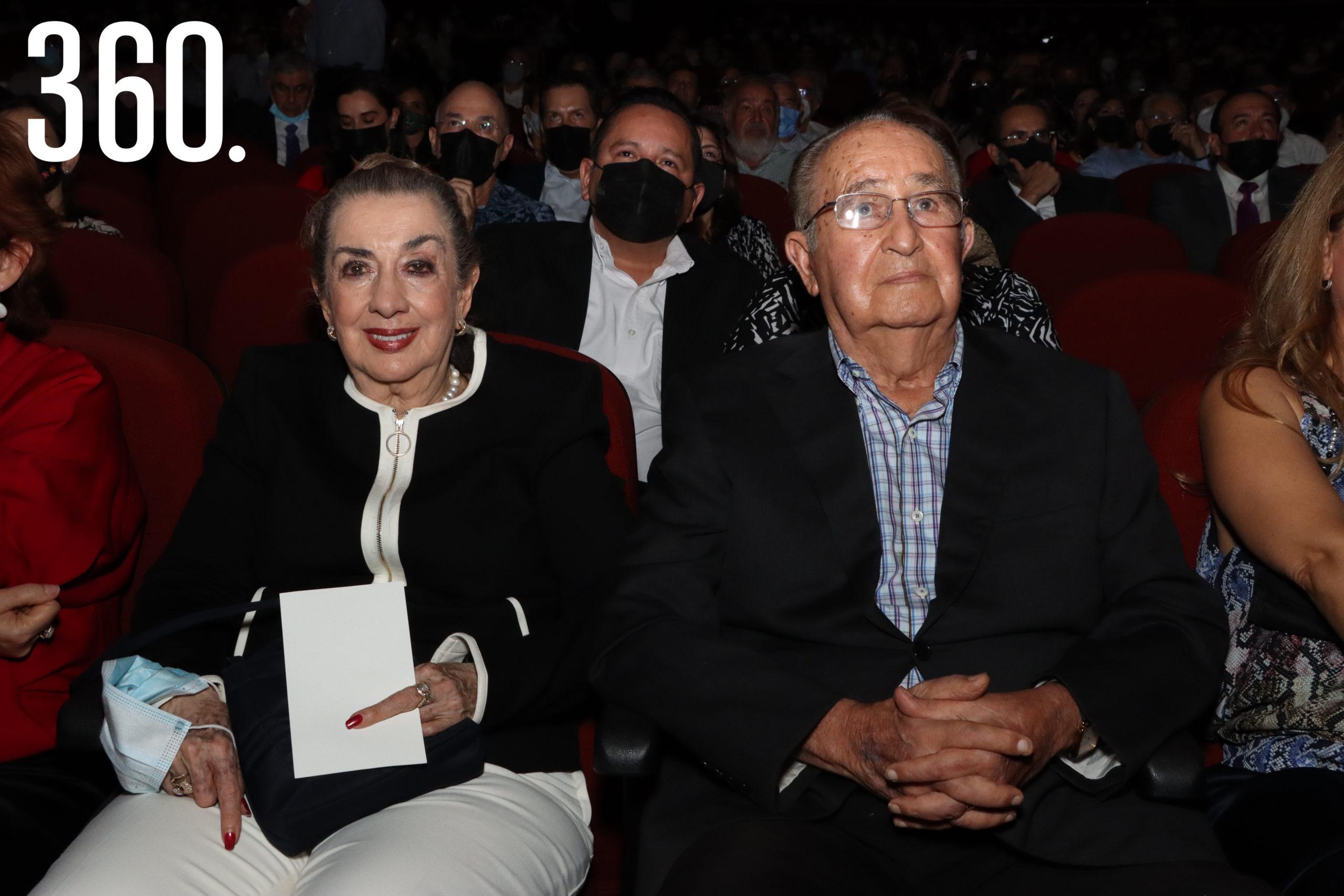 Minis Aguirre y Héctor Miguel Cárdenas.