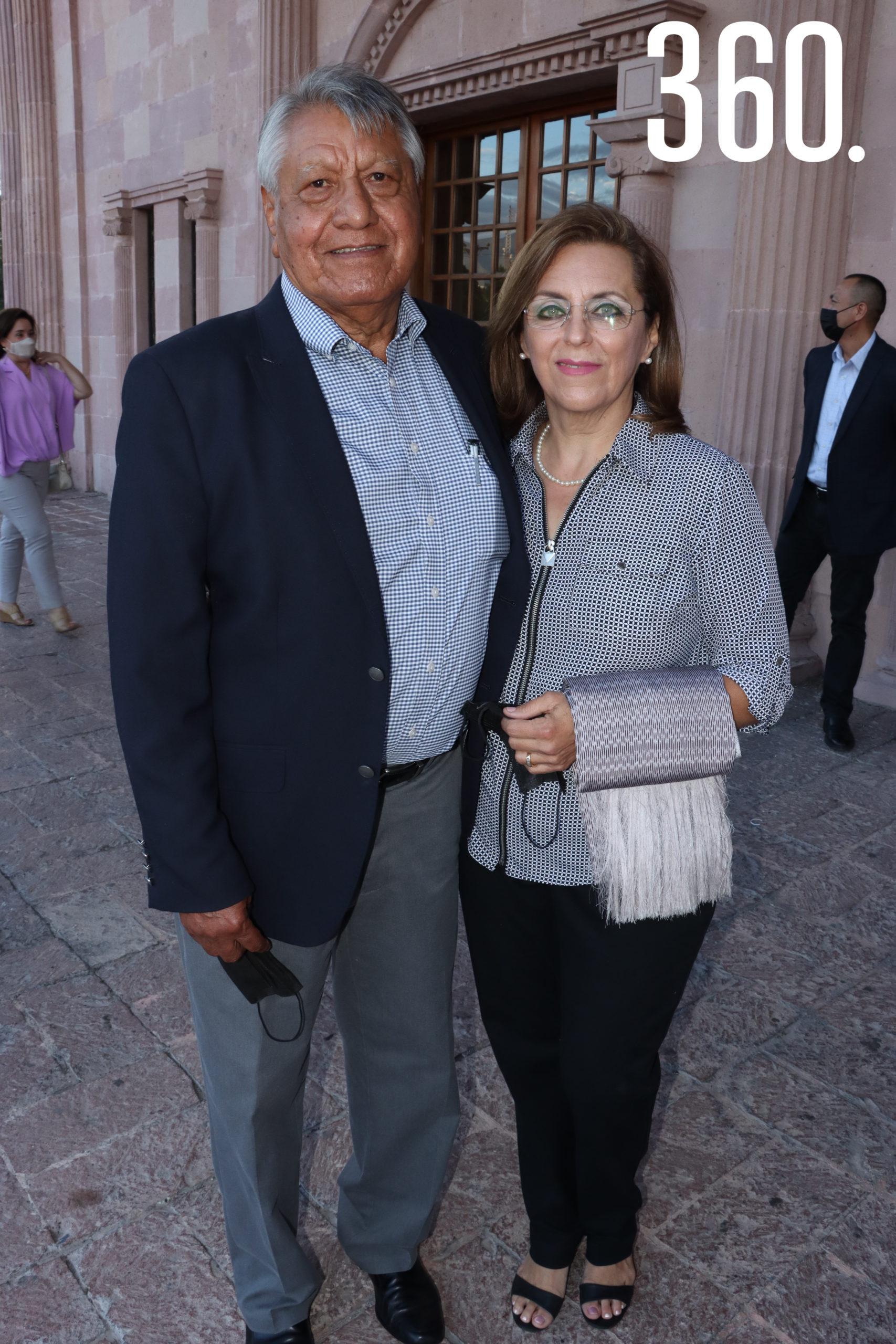 Marcos Trejo y Gloria Cantú.