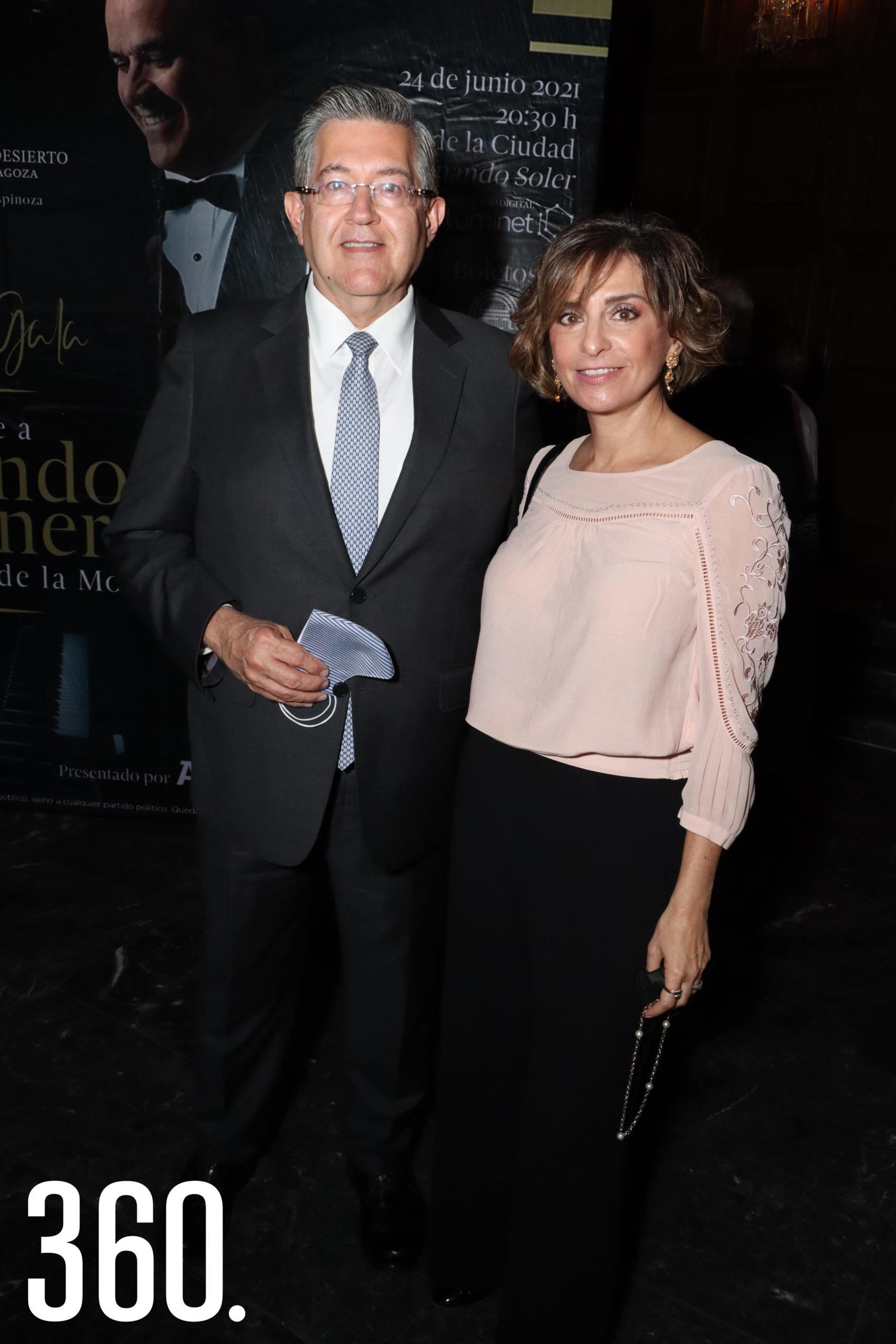 Blas Flores y Malena González.