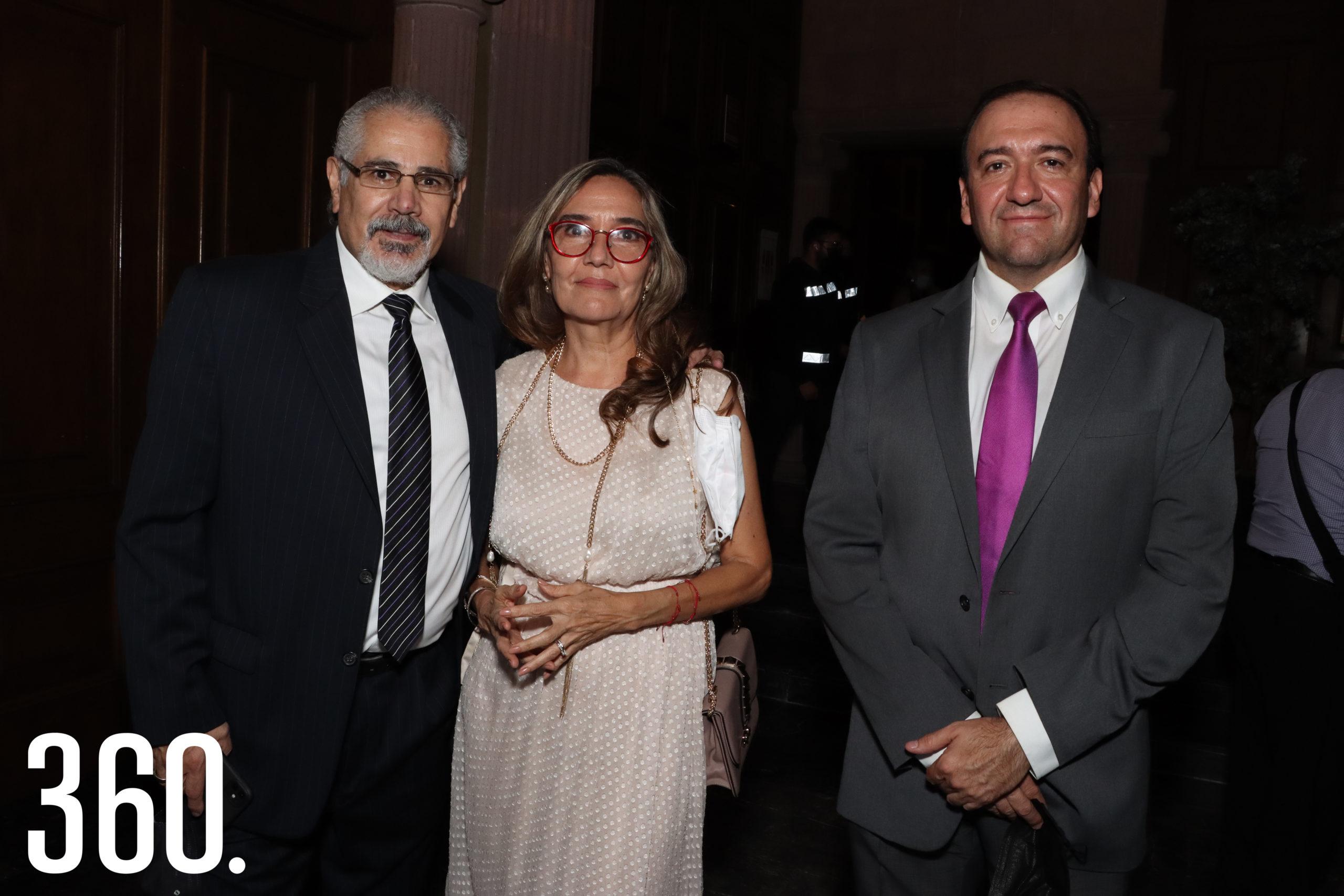 Roberto Magdaleno, Malú Lucero y Jorge Padilla.