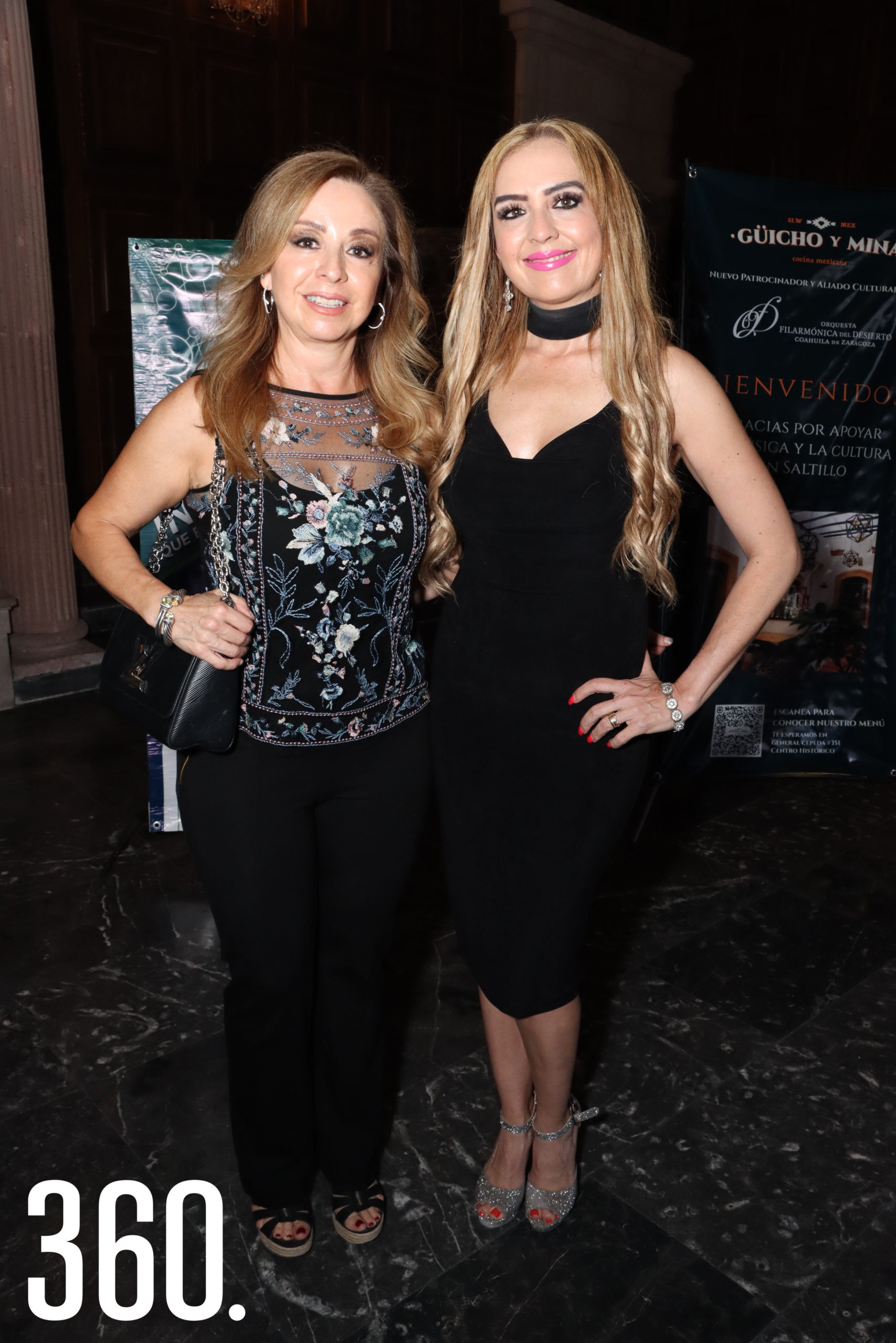 Betty Valero y Luly Morales.