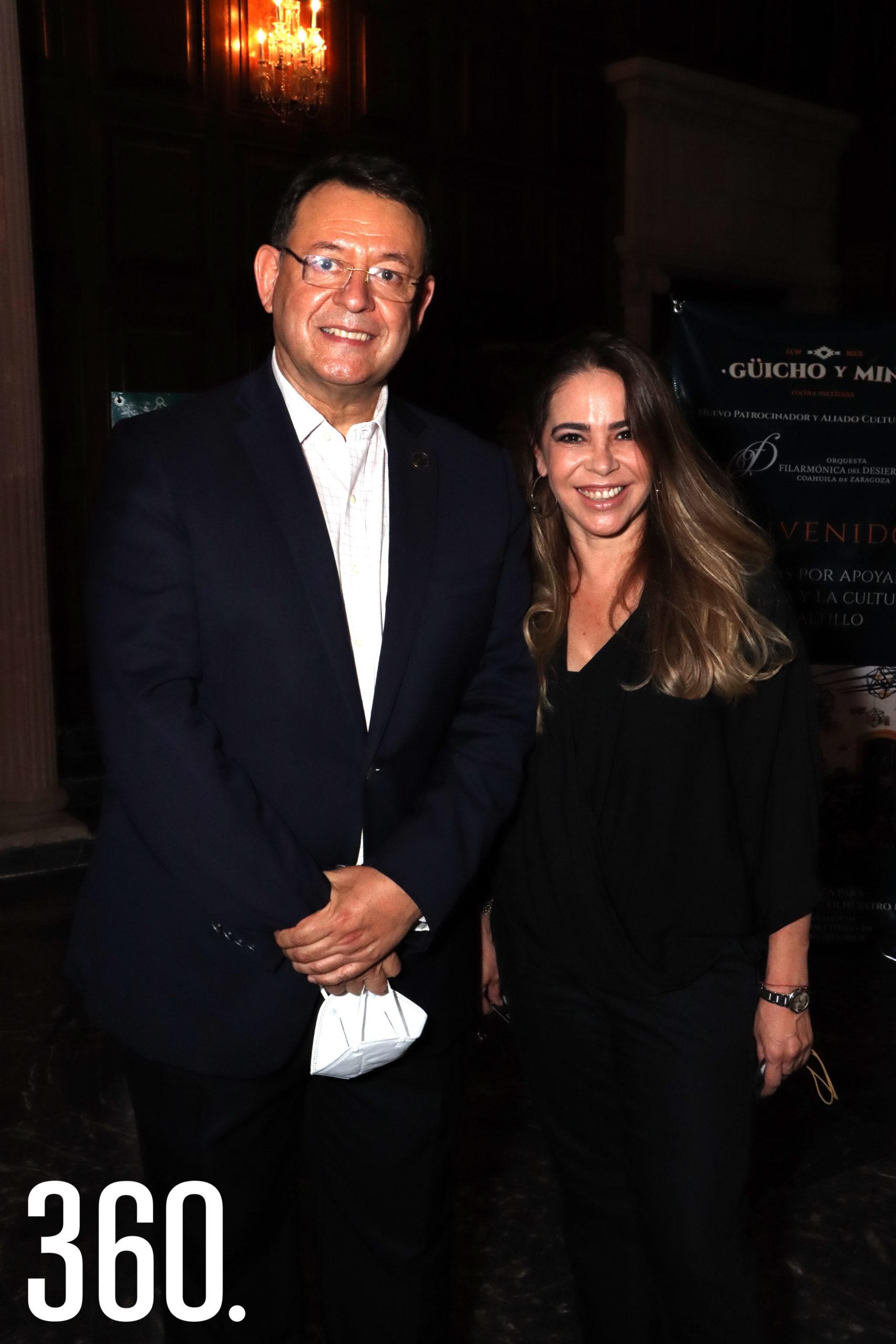 Lauro Cortez y Claudia Farías.