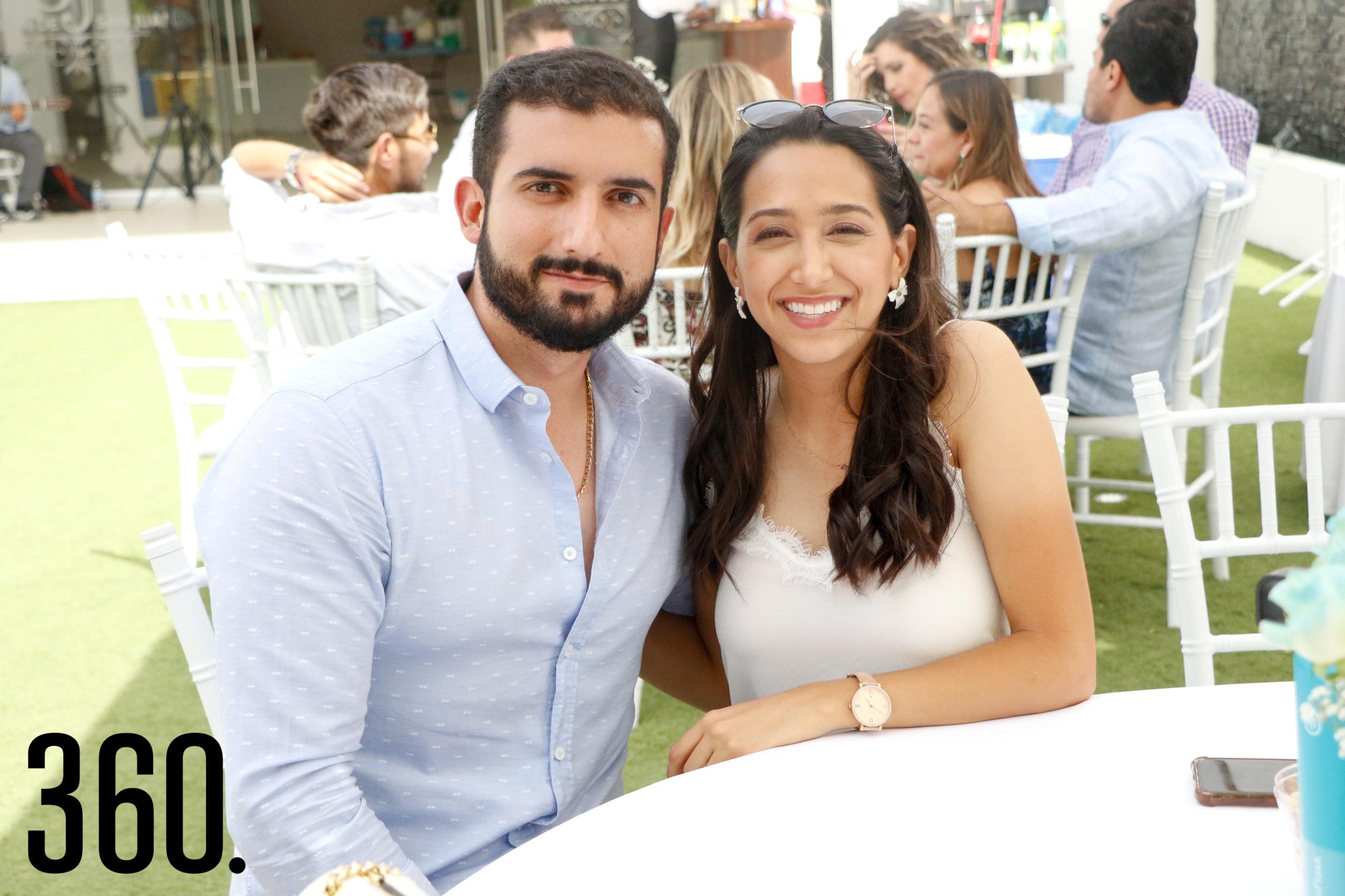 Carlos Gil y Alma Cantú.
