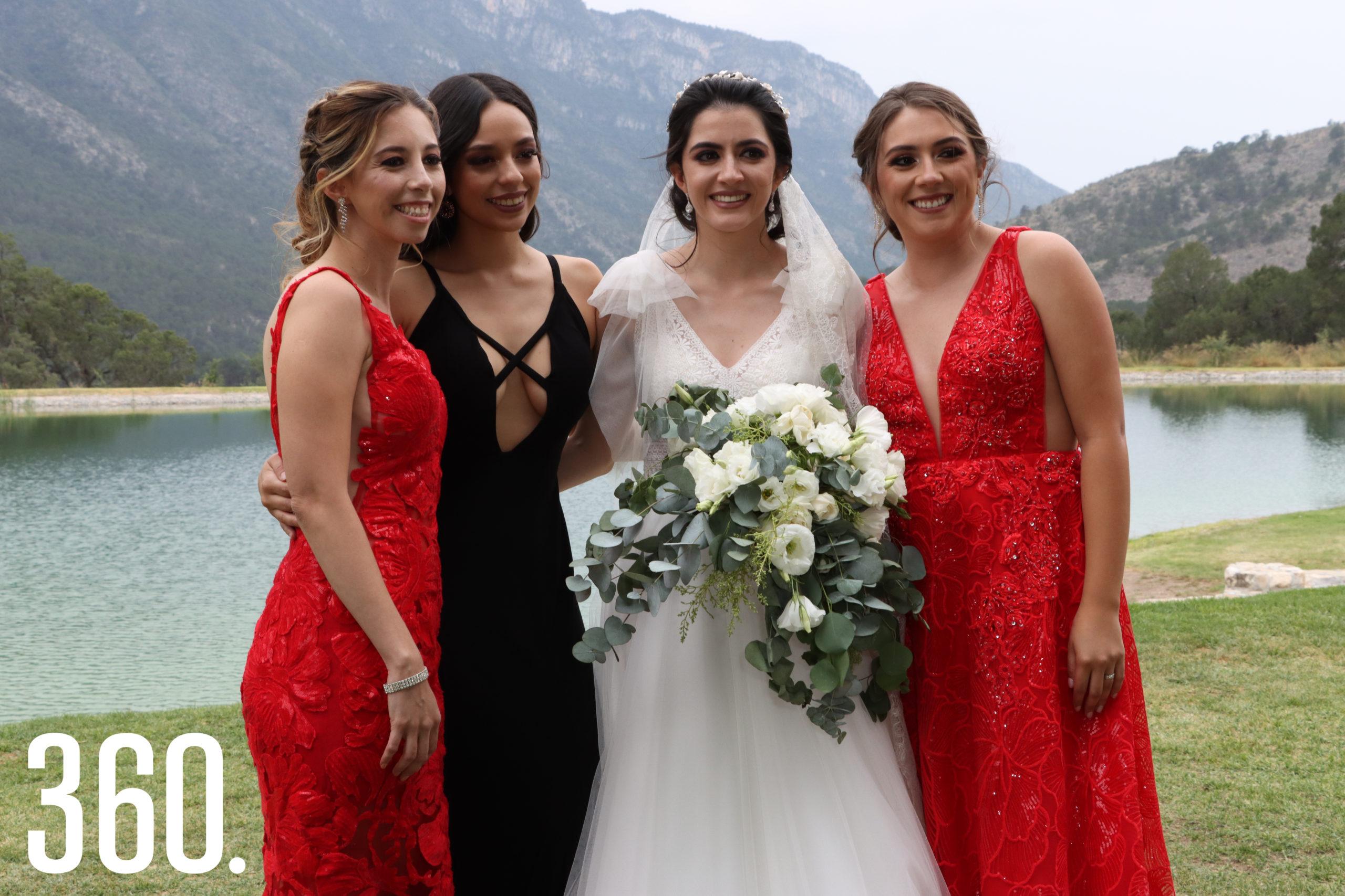 Ana Lucía García, Fanny Menchaca, Andrea Elizondo y Martha Borjón.