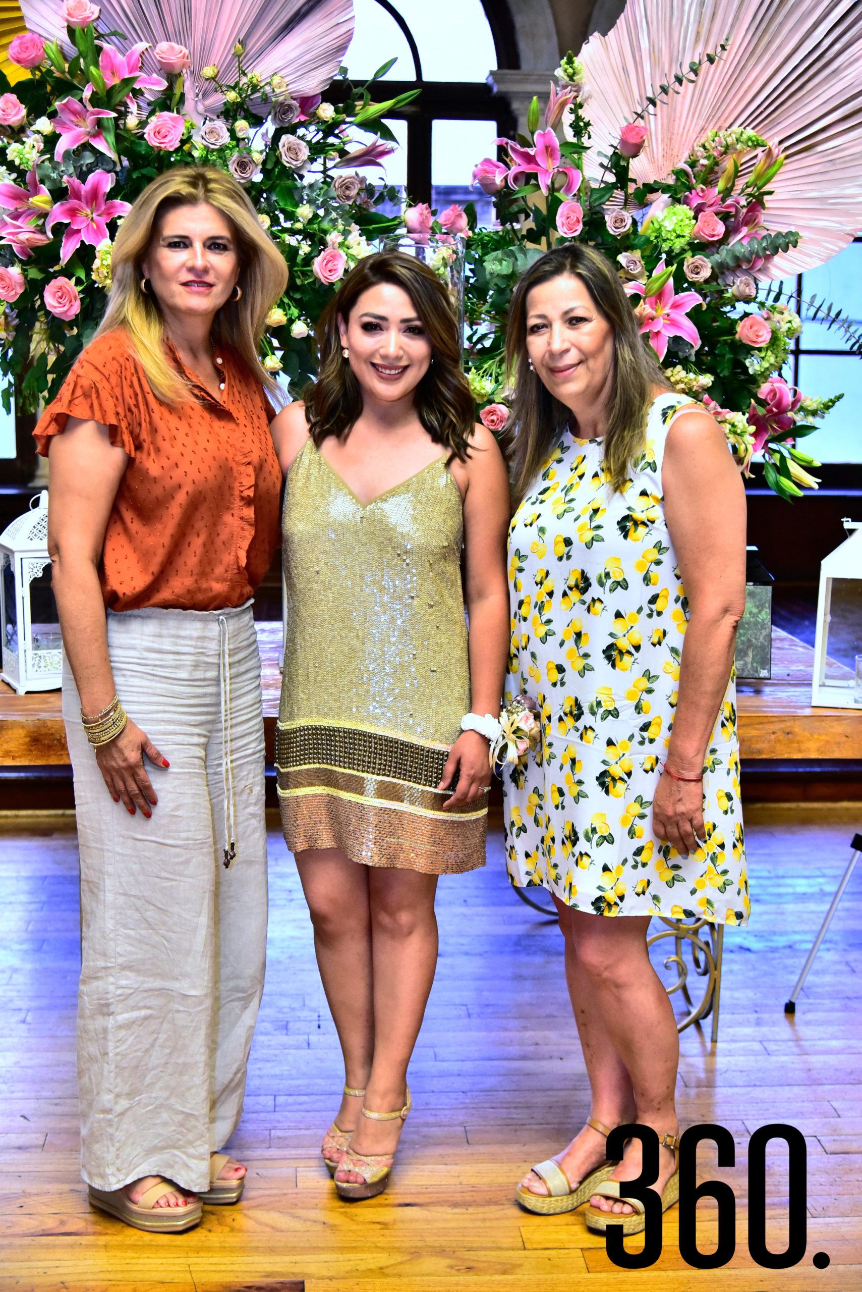 Elsa Siller, Diana Mendoza y Cristina Flores.