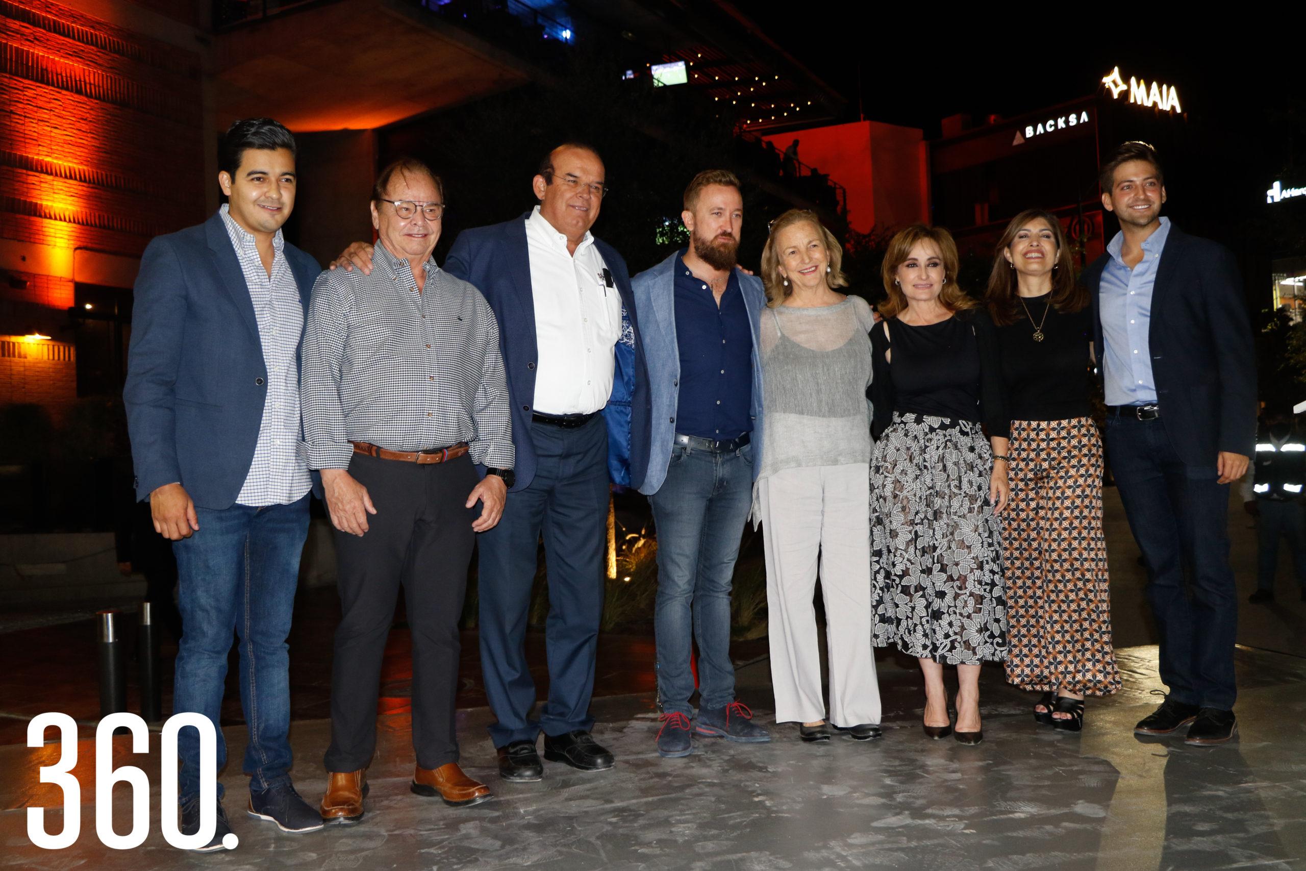 Eder López, Roberto Bernal, Jaime Guerra, Fabio Gentiloni, Beatriz Arizpe, Azucena Ramos, Sofía Camil y Blas Flores.