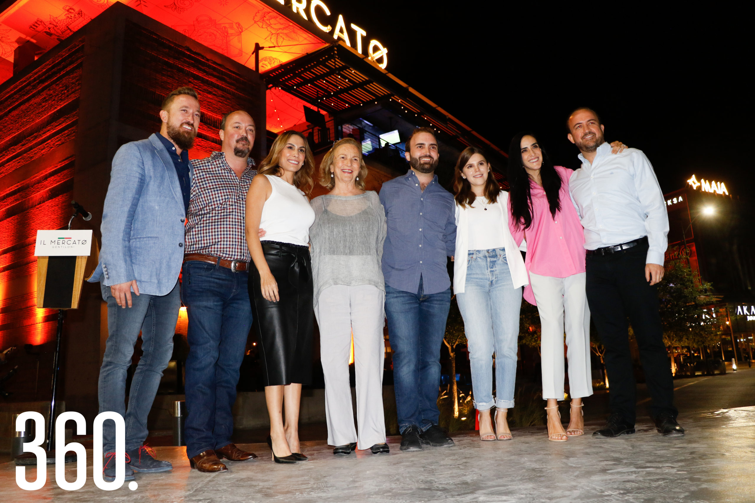 Fabio Gentiloni, Lito Gentiloni, Gaby Castañeda, Beatriz Arizpe, Pedro Gentiloni, Bárbara Cárdenas, Maru de la Peña y Blas Gentiloni.