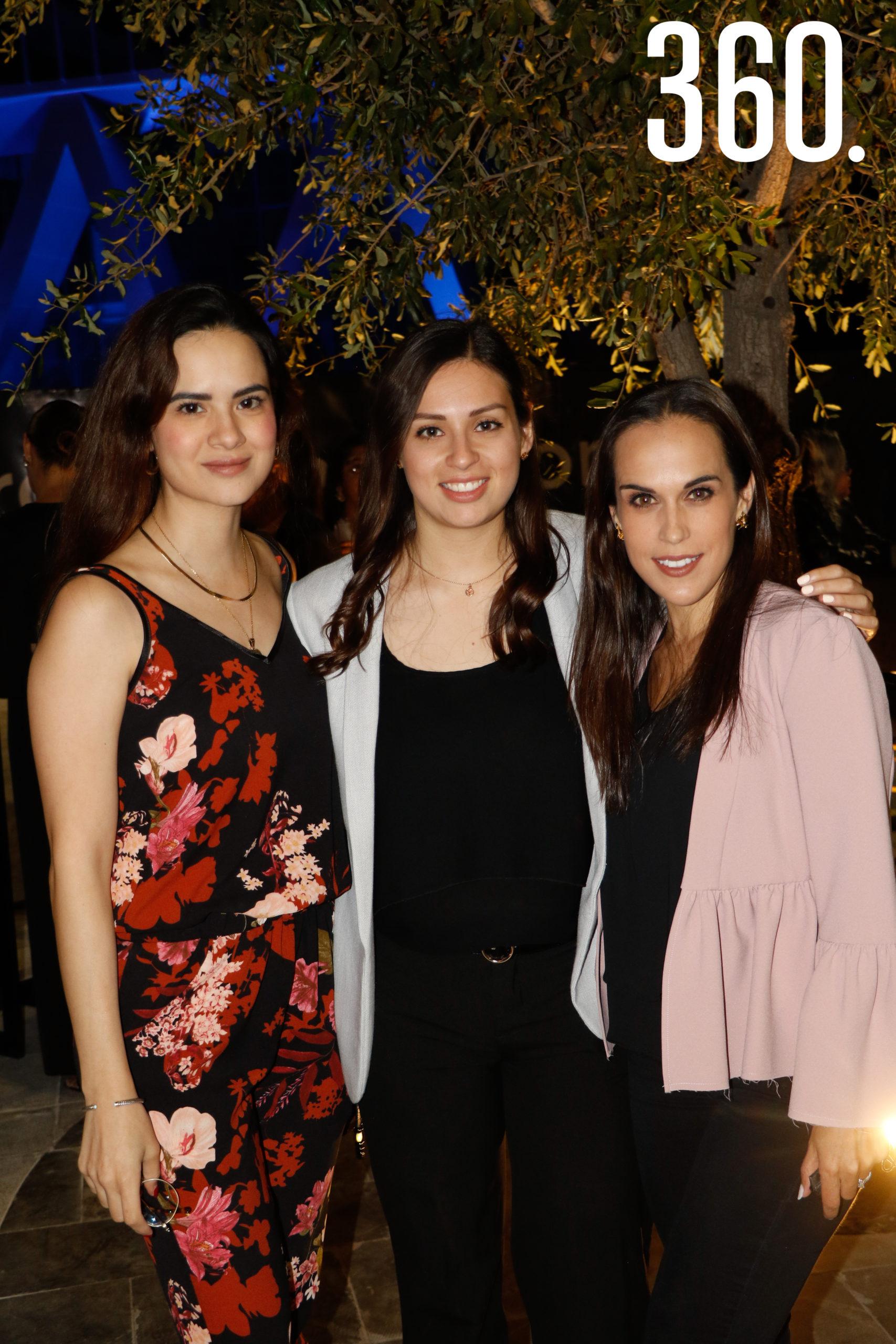 Lulú Rodríguez, Marissa Álvarez y Martis López.
