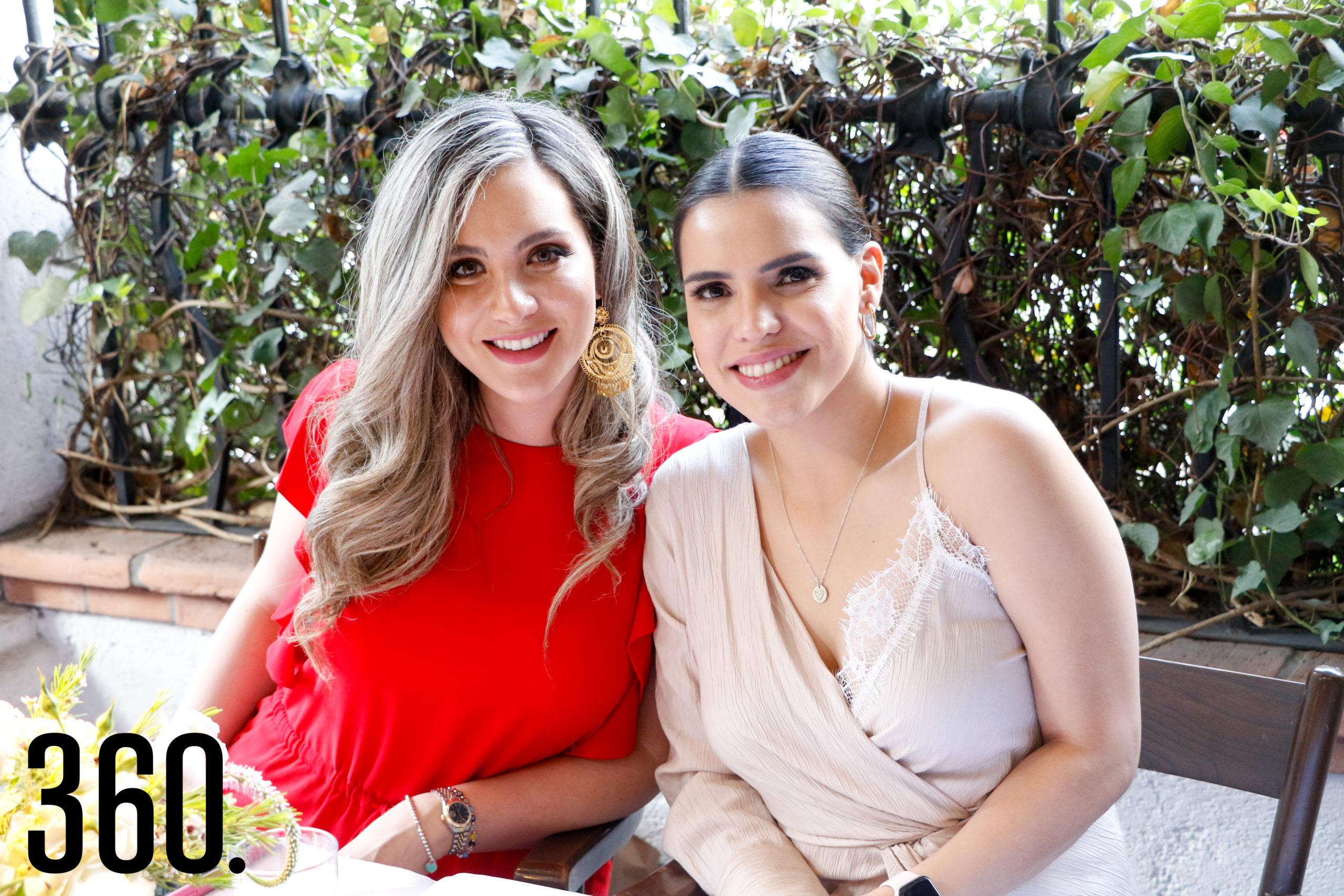 Fernanda Dávila y Diana Ayala.