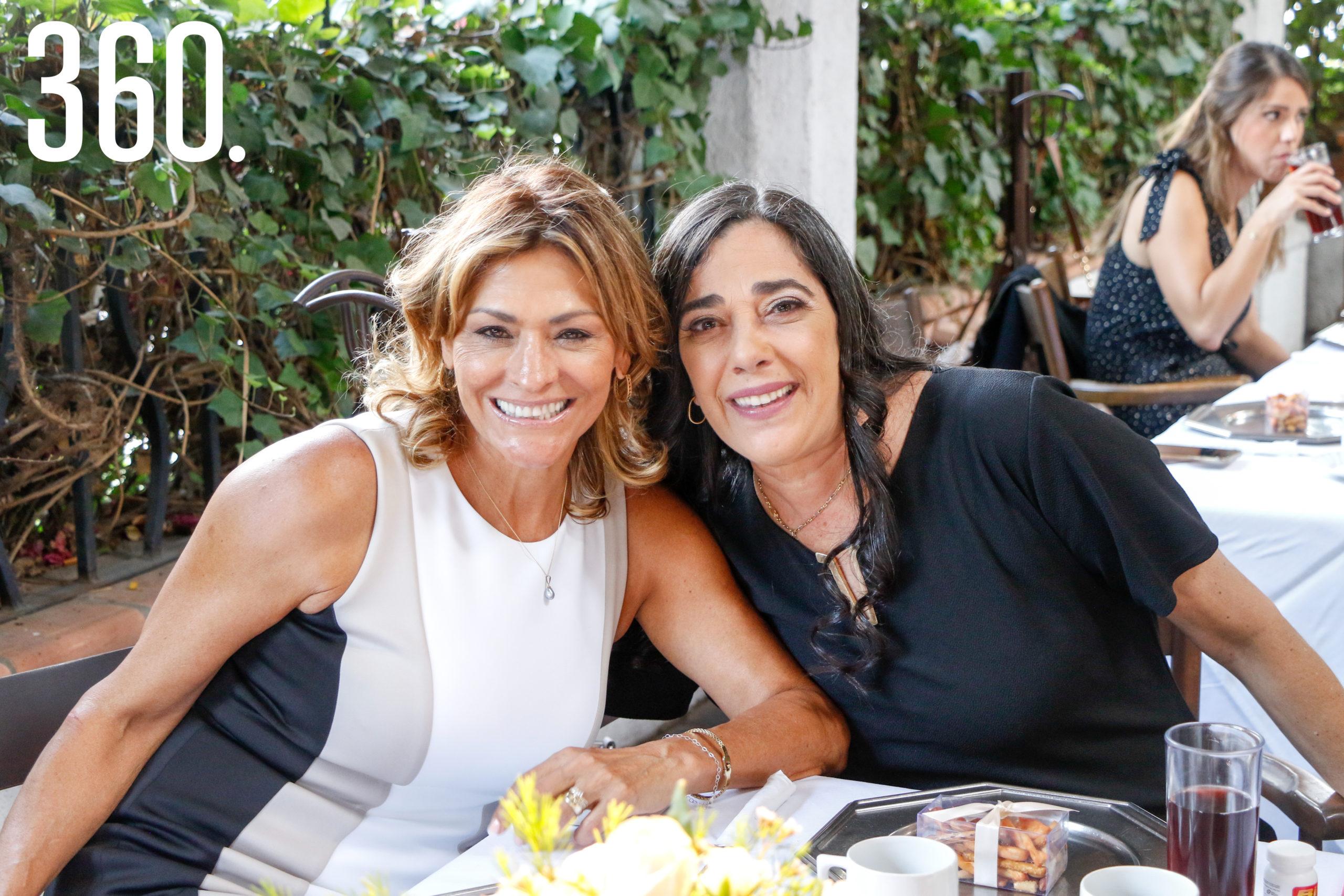 Olivia Flores y Silvia Stepien.