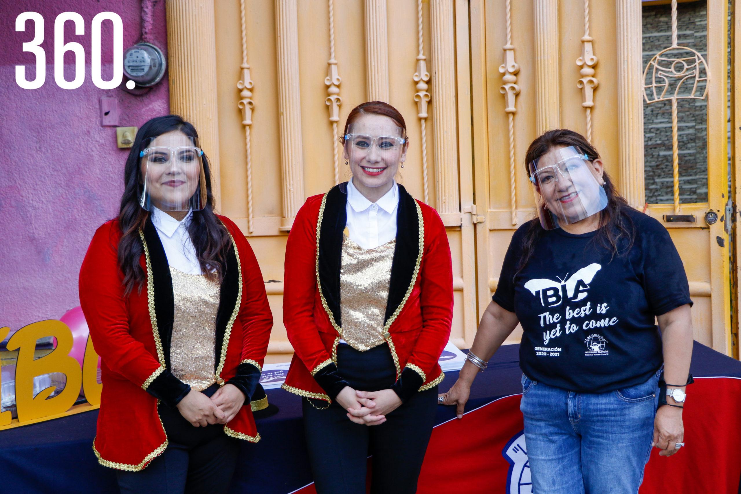 Miriam Vega, Alejandra Estévez y María Esther Rodríguez, autoridades.