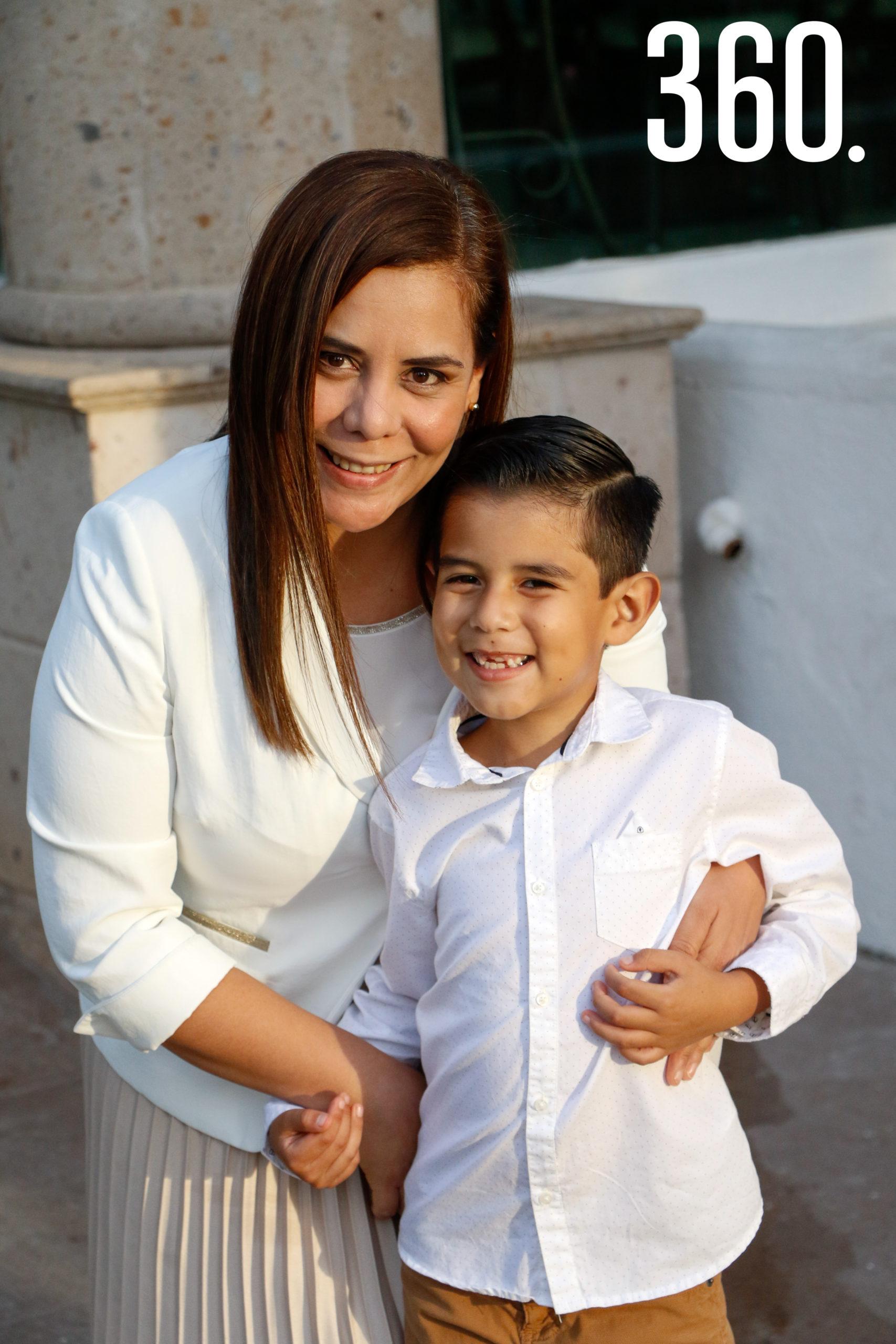 Lucy Sarmiento y Koki Castrejón.