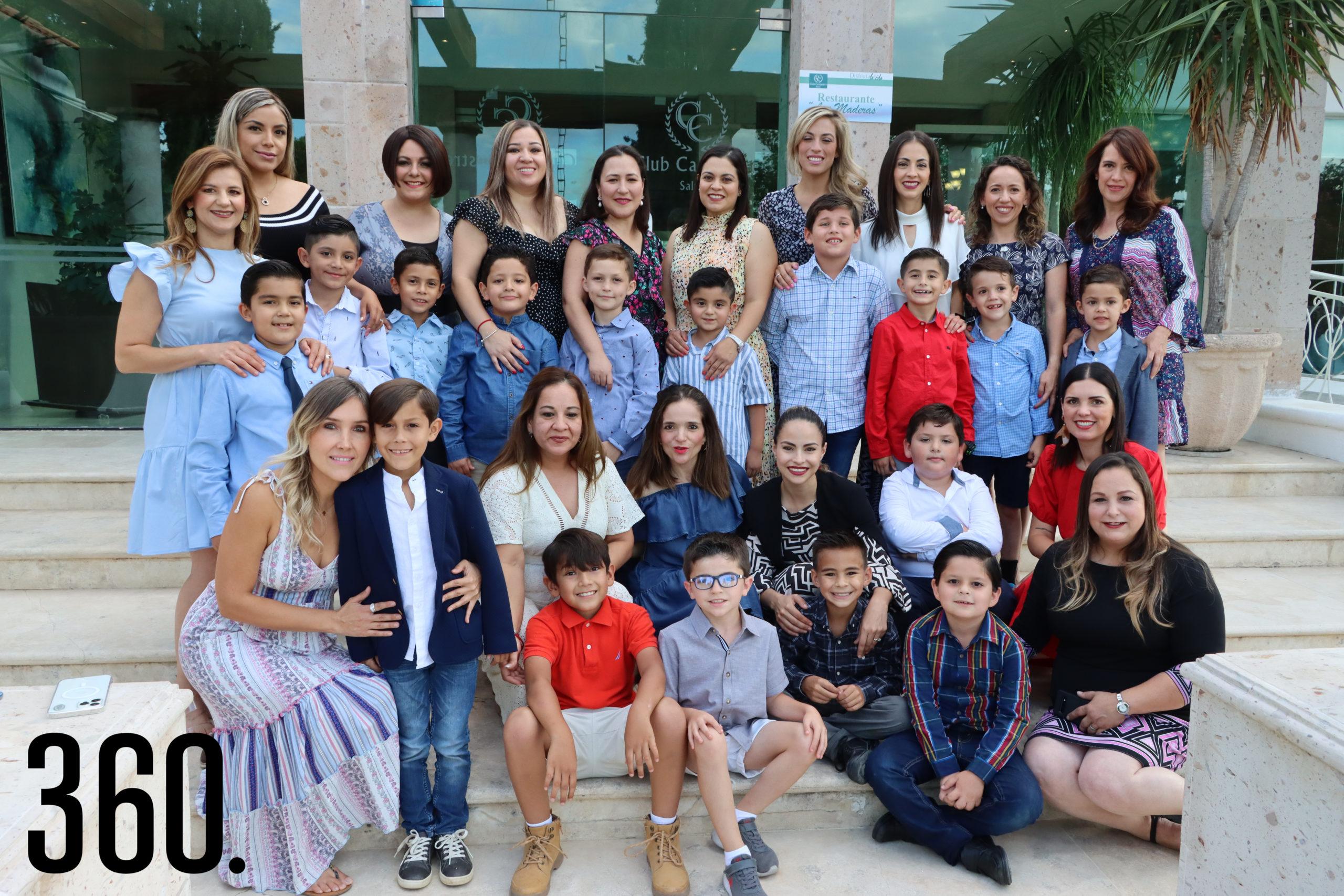 Los niños de segundo de primaria integrantes del Club NET Saltillo compartieron una tarde de integración familiar con sus mamás.