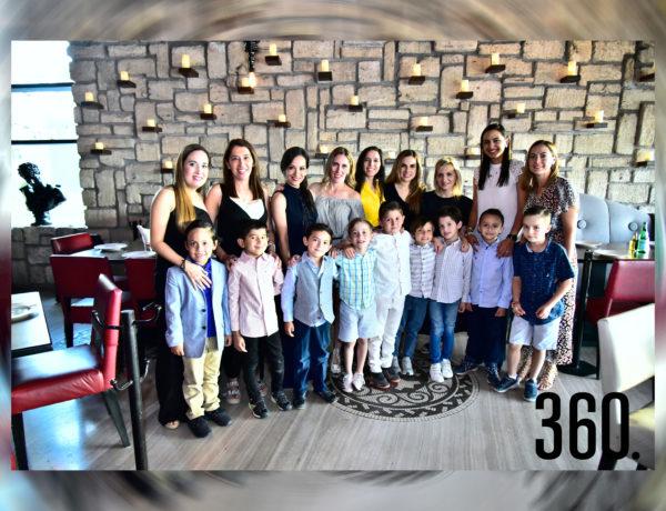 Los niños del segundo grado de Primaria integrantes del programa de evangelización NET Saltillo compartieron una tarde de integración familia con su mamá en el Club Campestre de Saltillo.