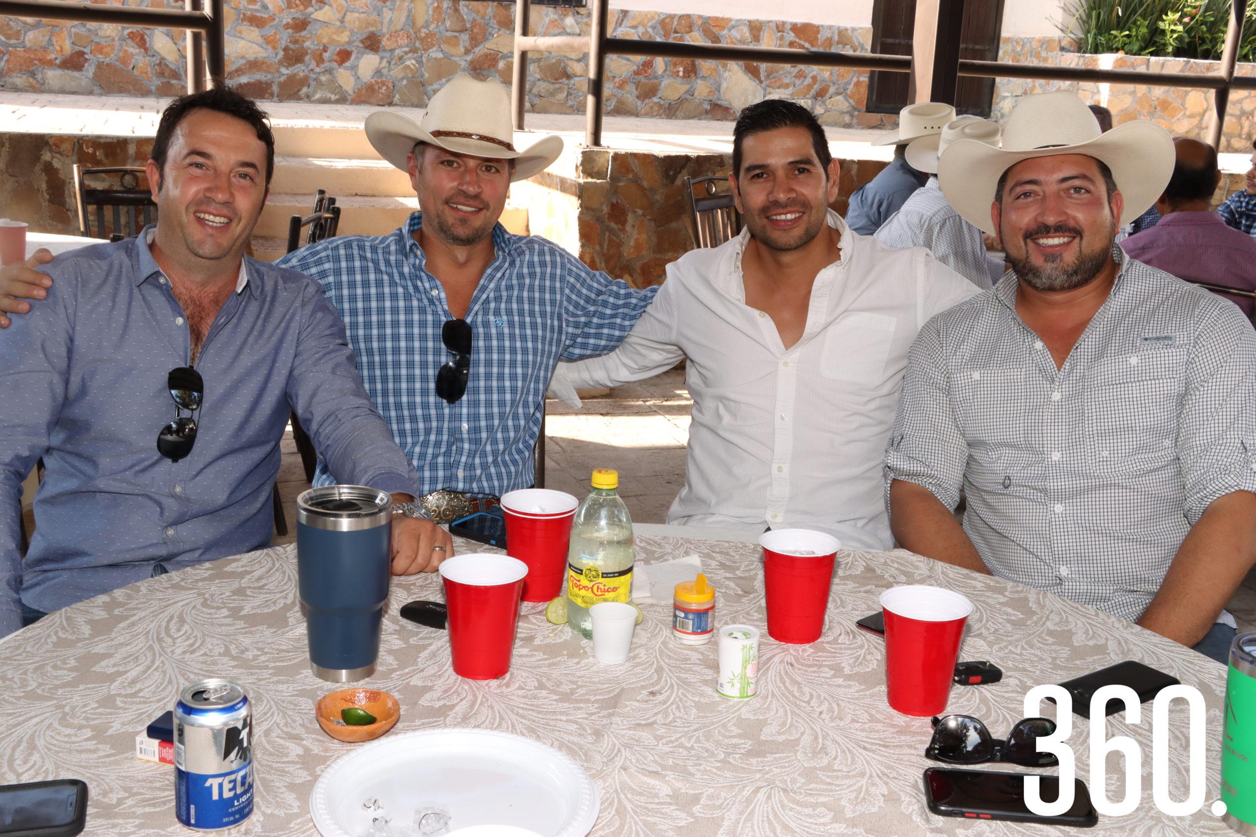 Francisco González, Enrique García, Carlos Solís y Guillermo Prado.