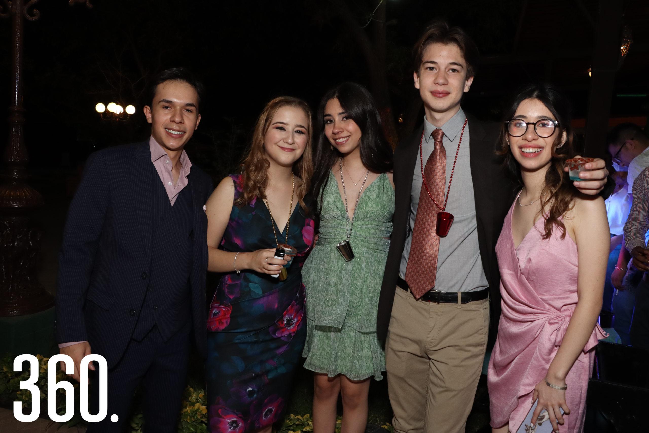 Alejandro Fuentes, Ana Sánchez, Carolina Llamas, Abelardo Valdés y Alejandra Farías.