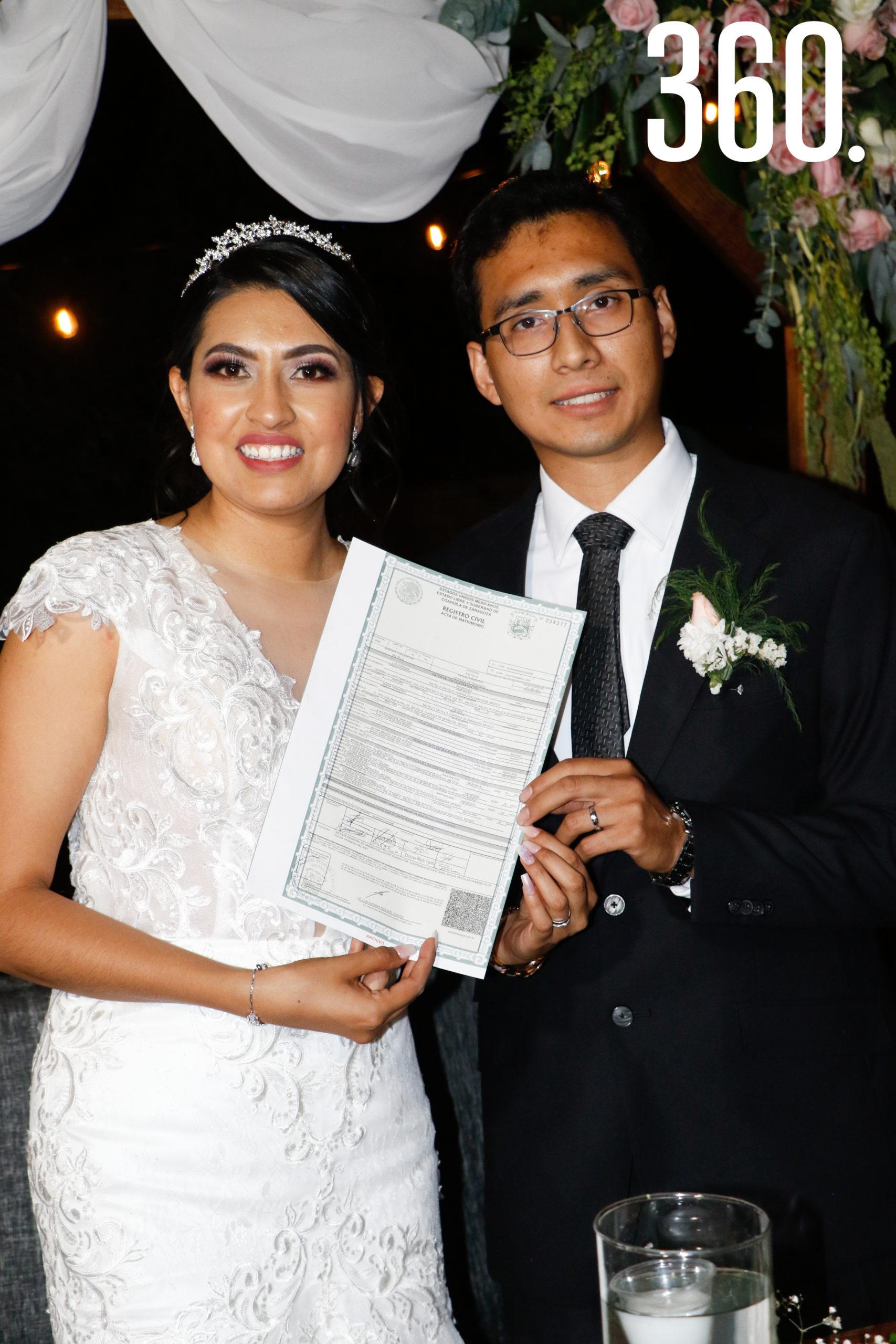 Oficialmente casados.