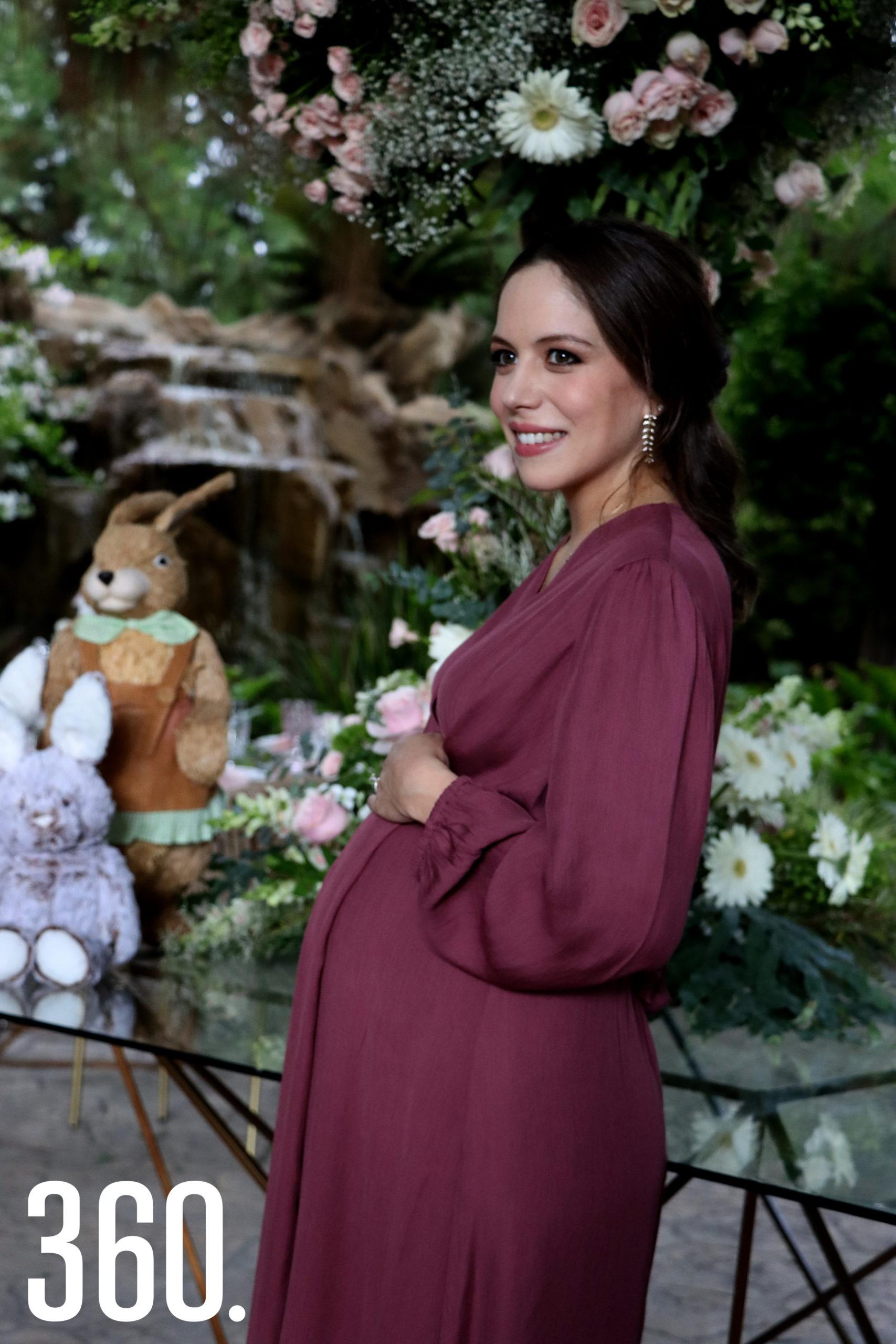 Natalia Peña de López será mamá por primera vez el próximo 6 de agosto.