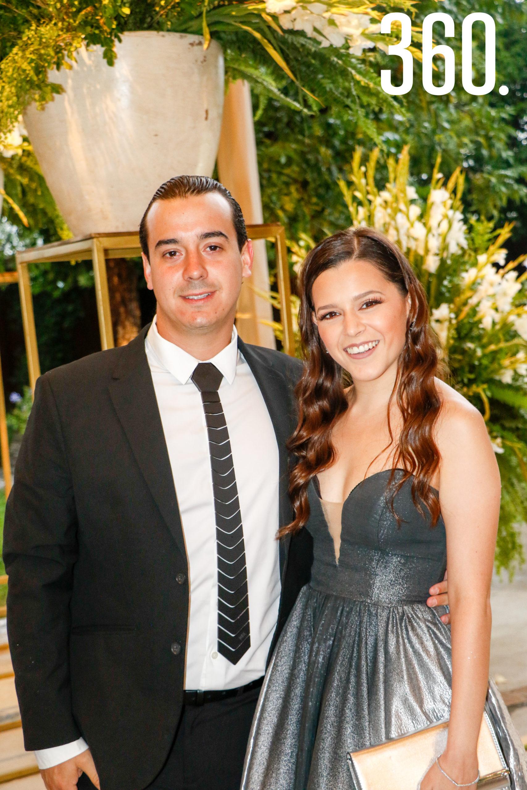 Sebastián Montiel y Mariana Flores.