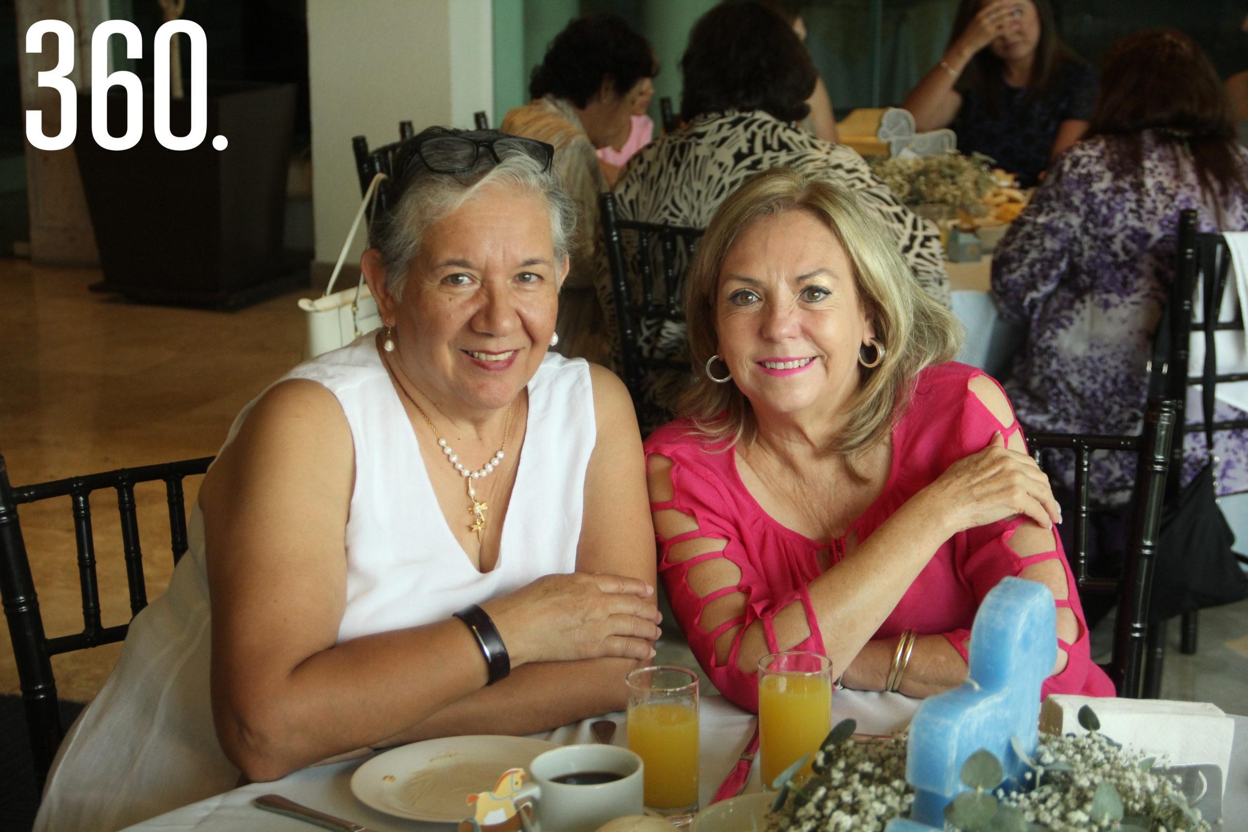 Rosario de Valle y Lucía Gil.