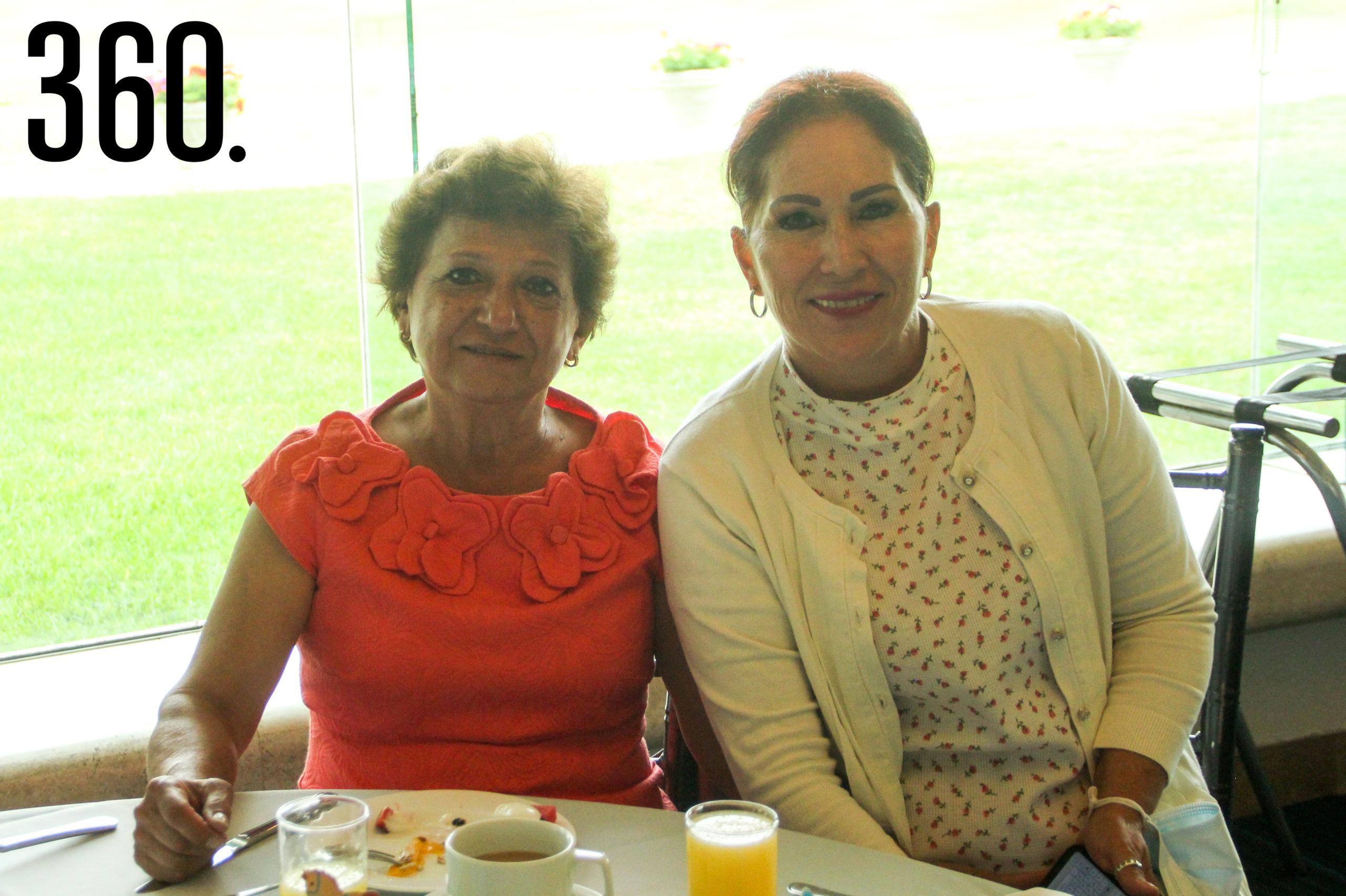 Diana Urtega y Vicky Patiño.
