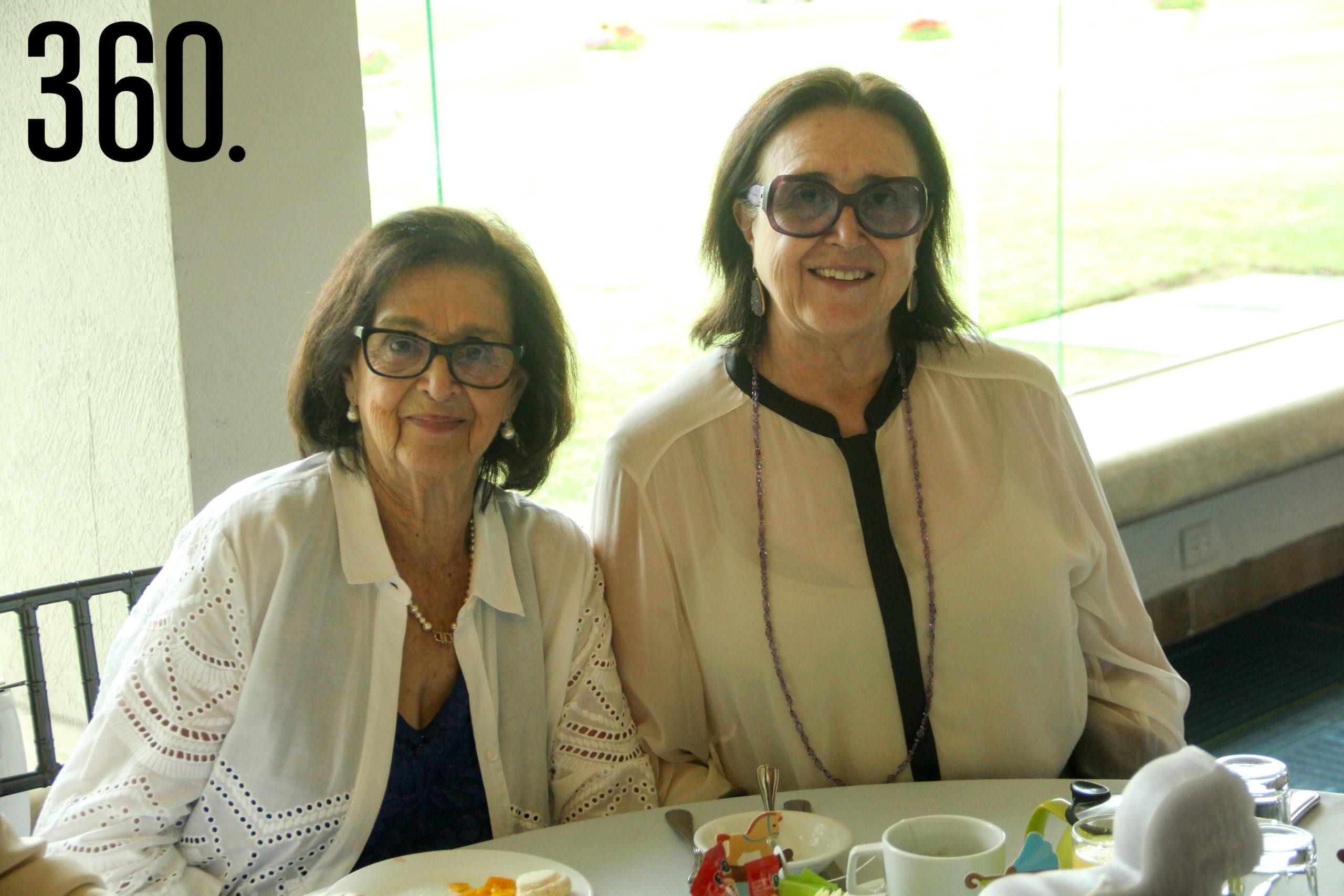 Tey Castilla y Rebeca Torres.