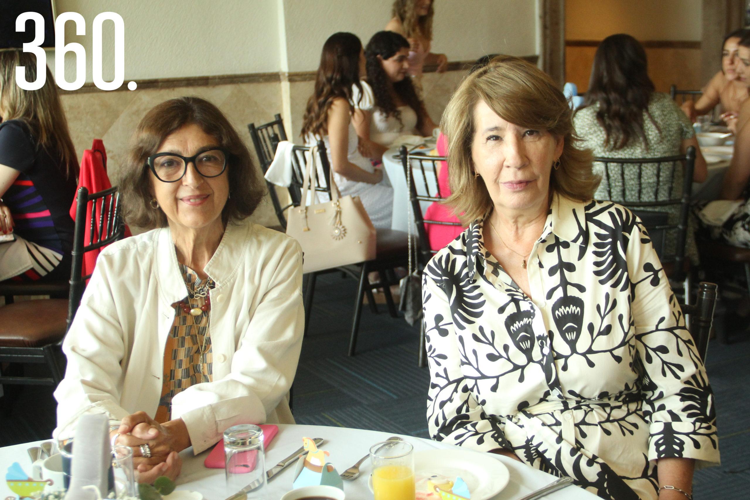 Gaby Torres y Olivina Delgado.
