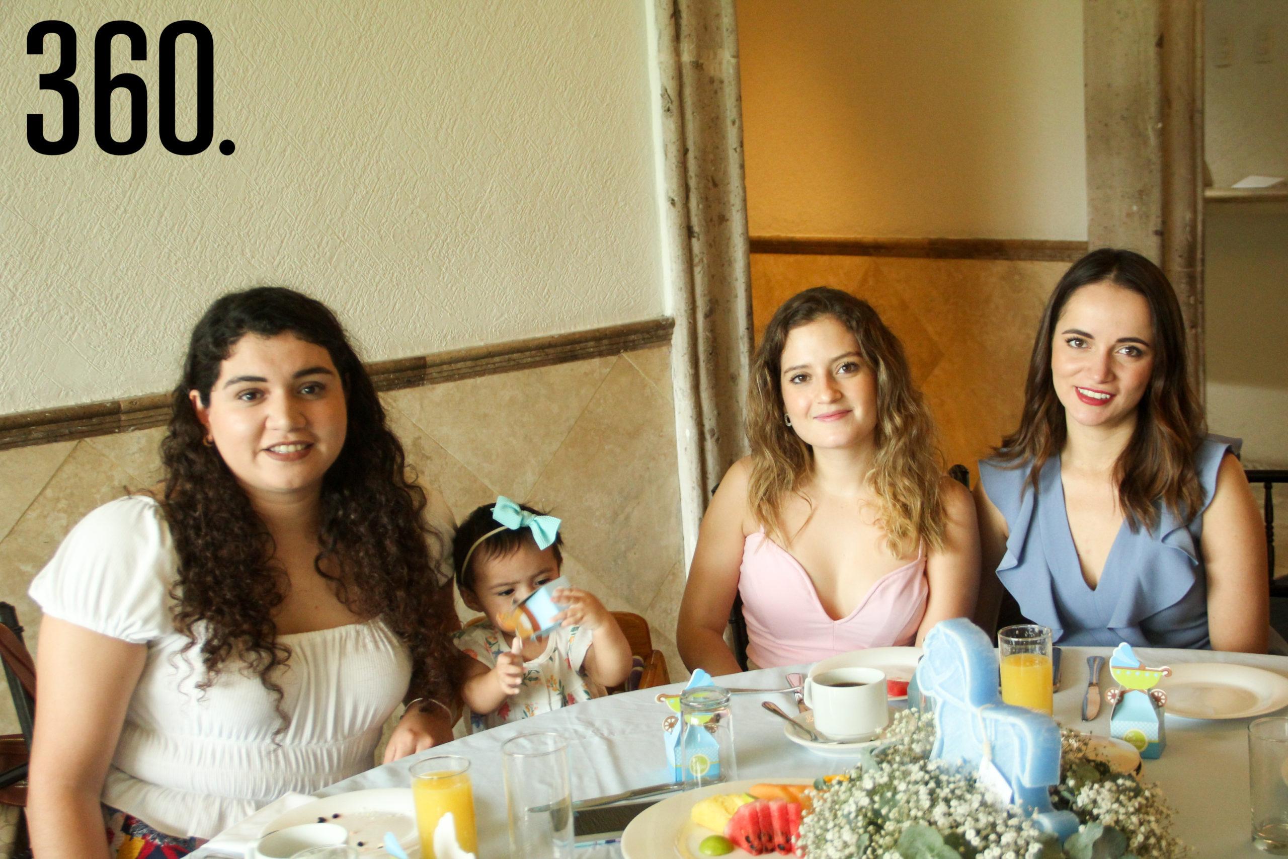 Yoselin Colunga, Rebeca, Mariana Cantú y Ana Cristina de las Fuentes.