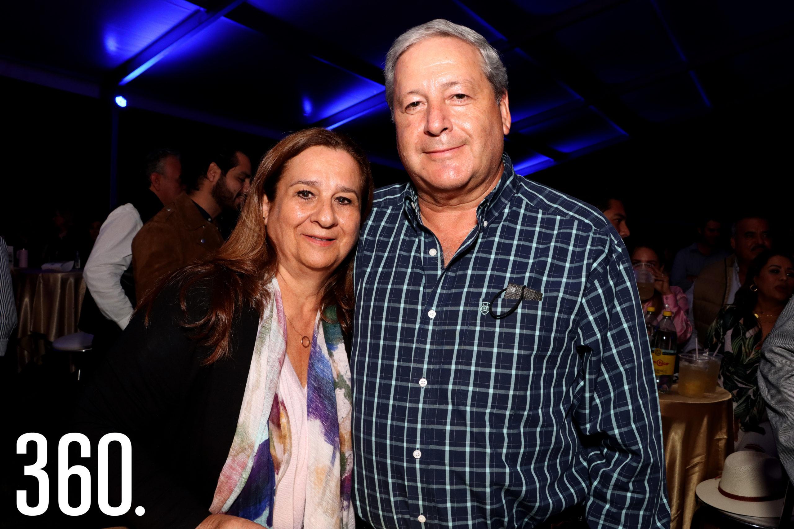 Beatriz Dávila y Chema Fraustro.