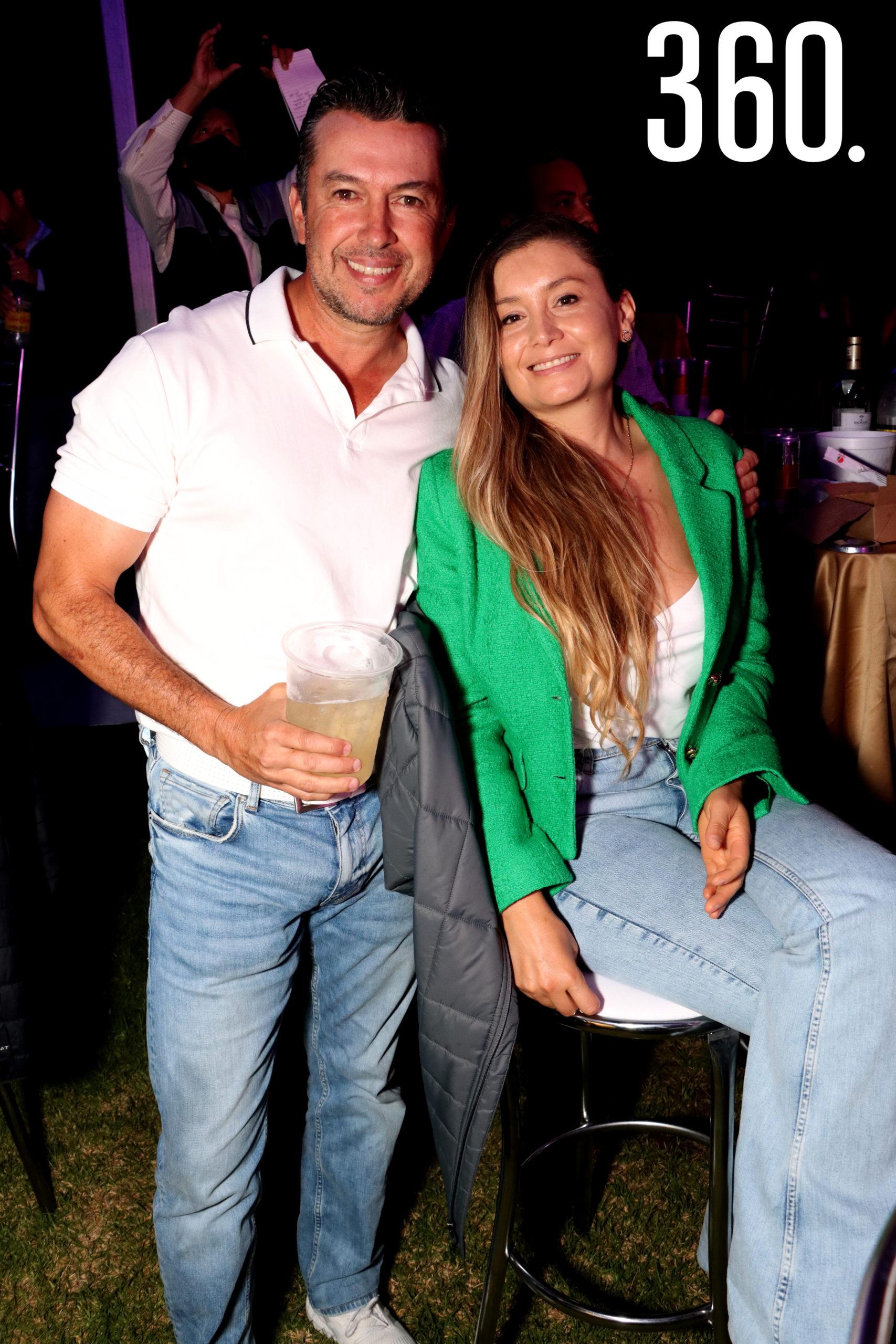 Luis Fernando Valdés y Brenda Cortés.