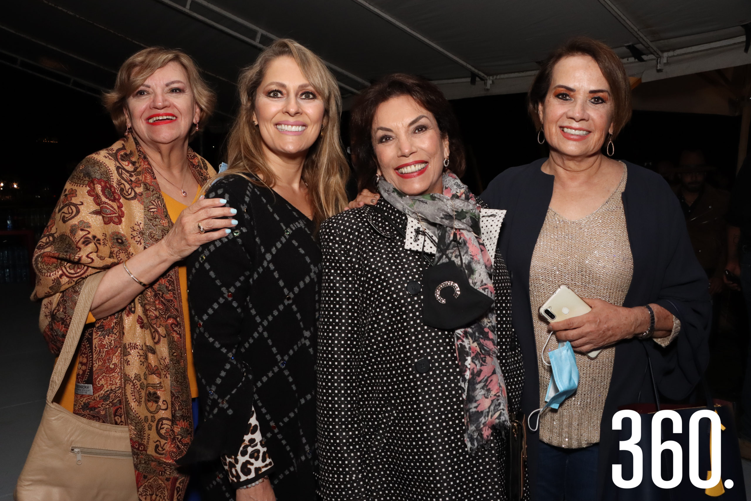 Estela Garza, Terecata González, Carolina Torres y Denisse Obando.