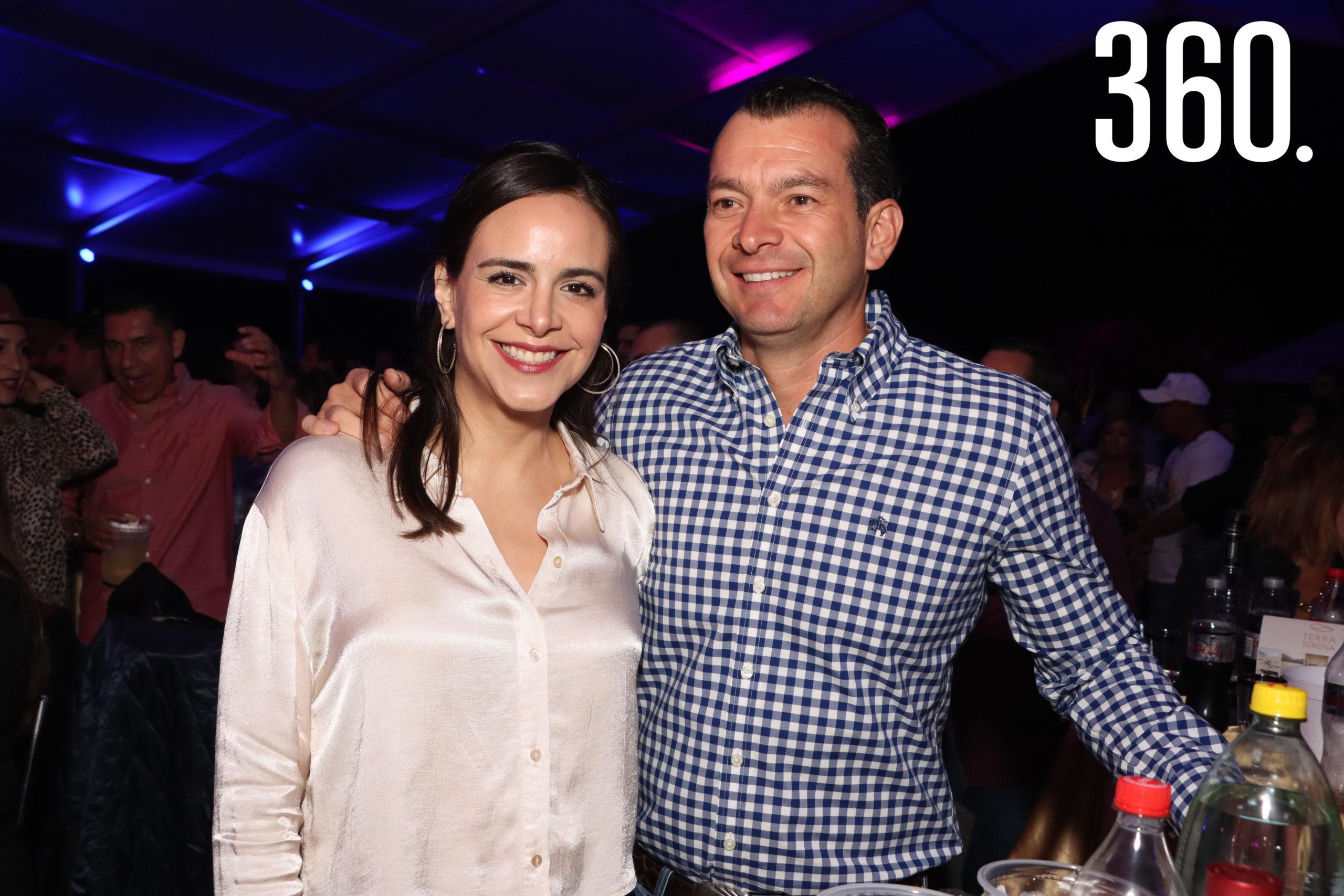 Ana Lucía y Damaso Coss.