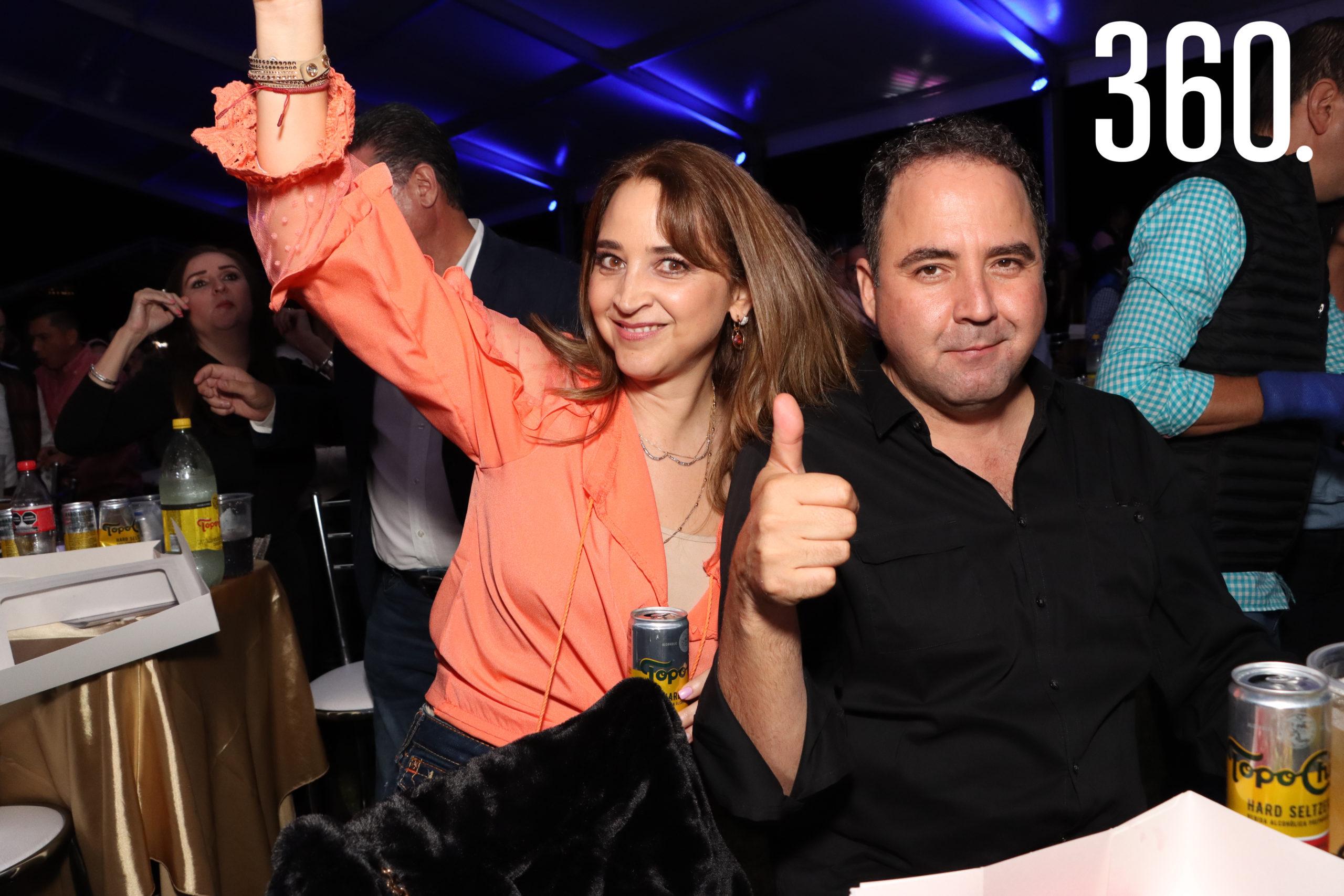 Sandra Soberón y Fidel Garza.