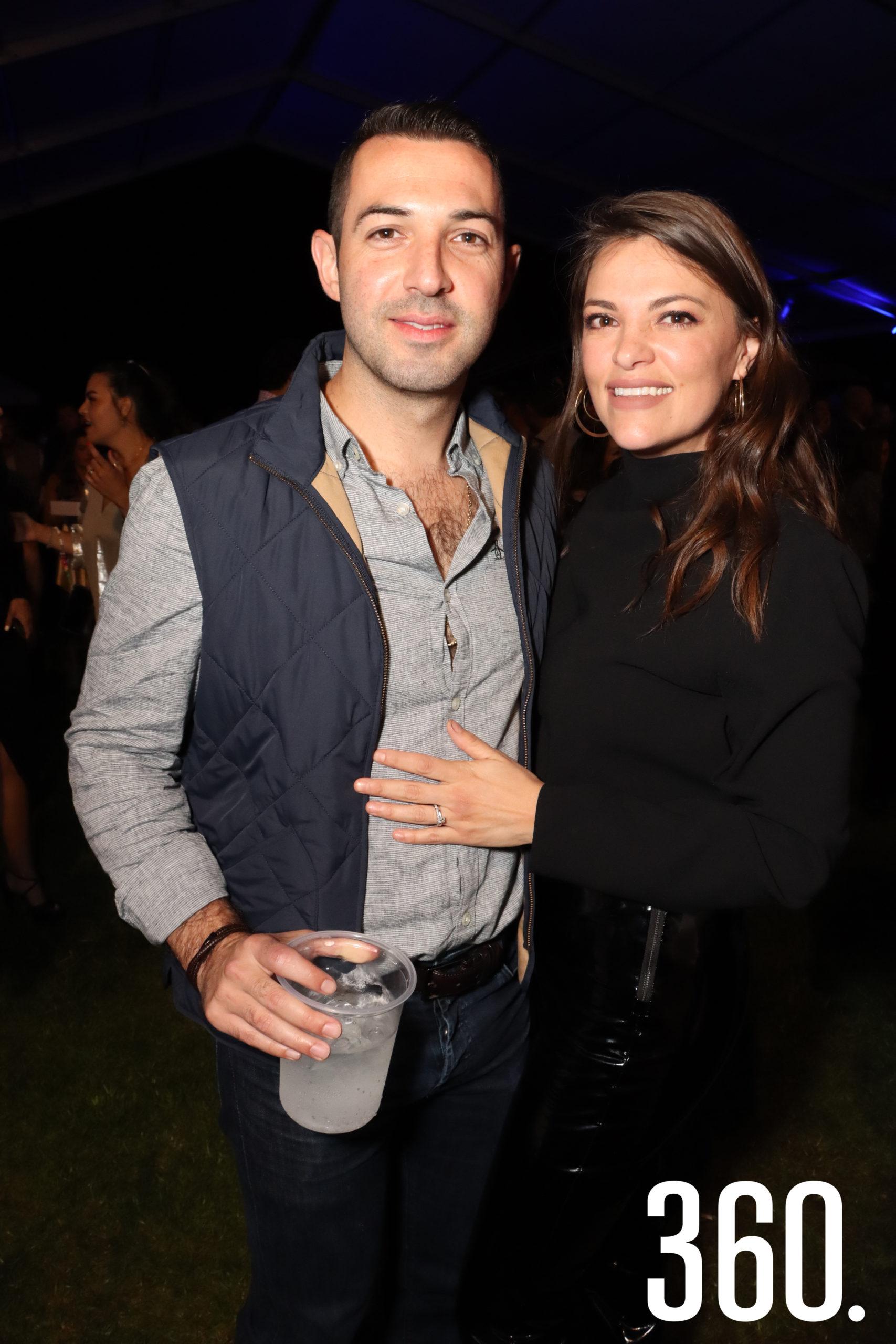 Diego Cardona y Mónica Flores.