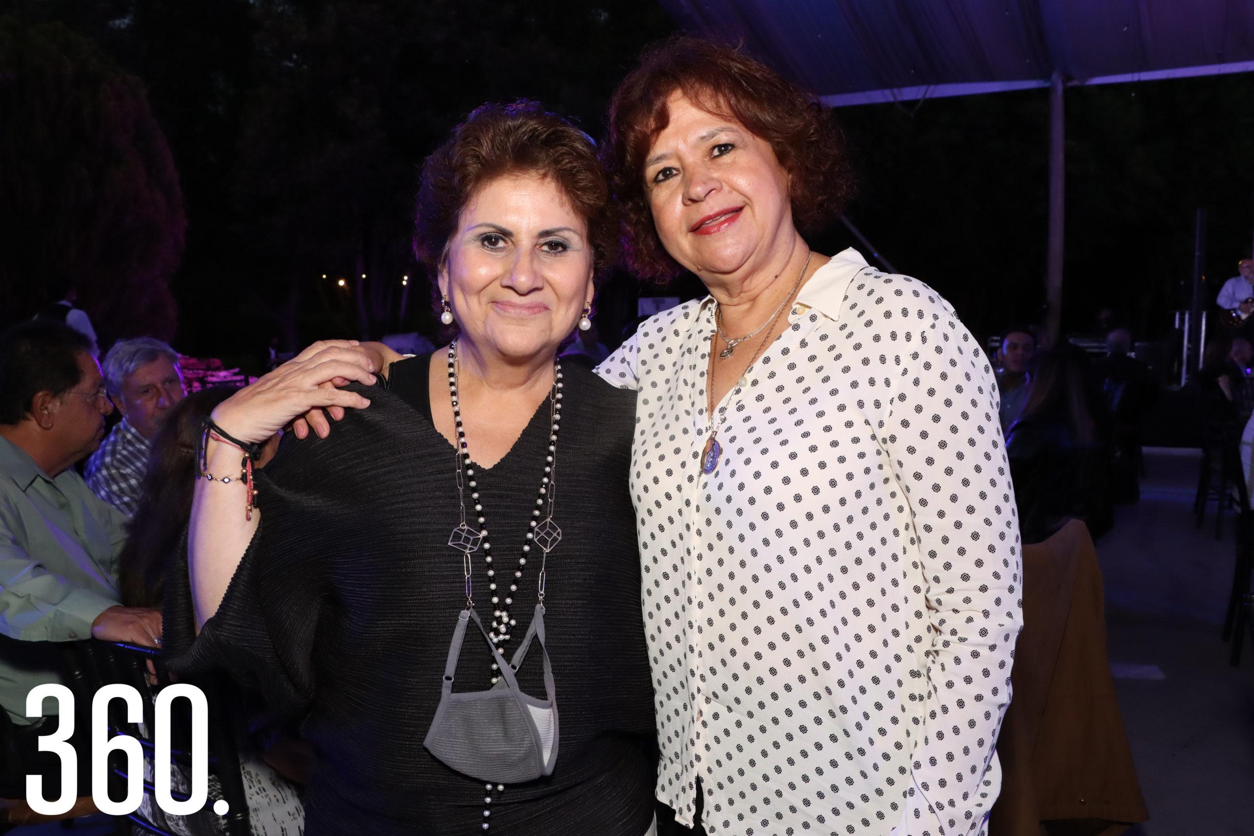 María Eugenia Sánchez y Chiquis Álvarez de Barraza.