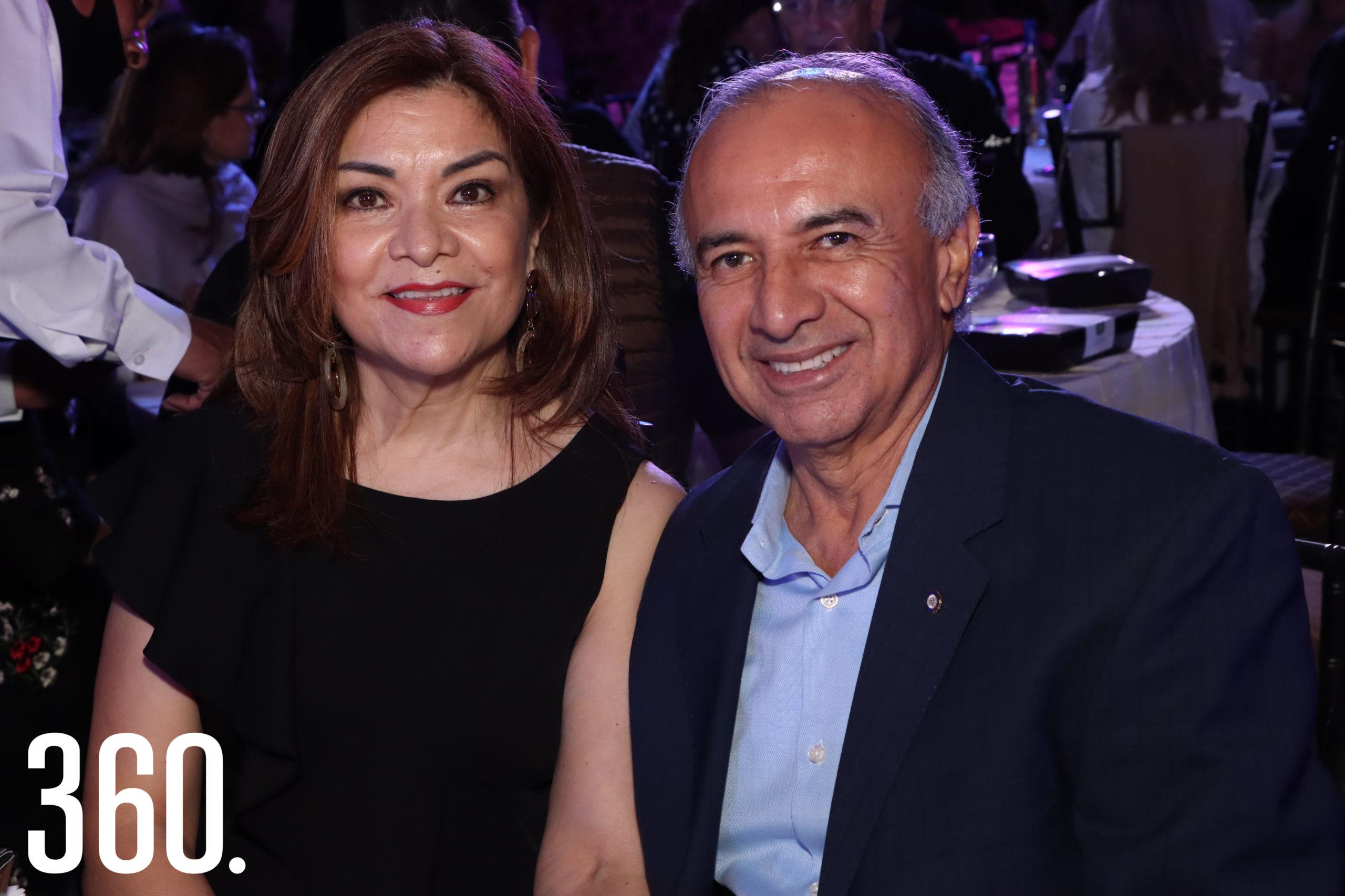 Isabel Campos y Rene Robles.