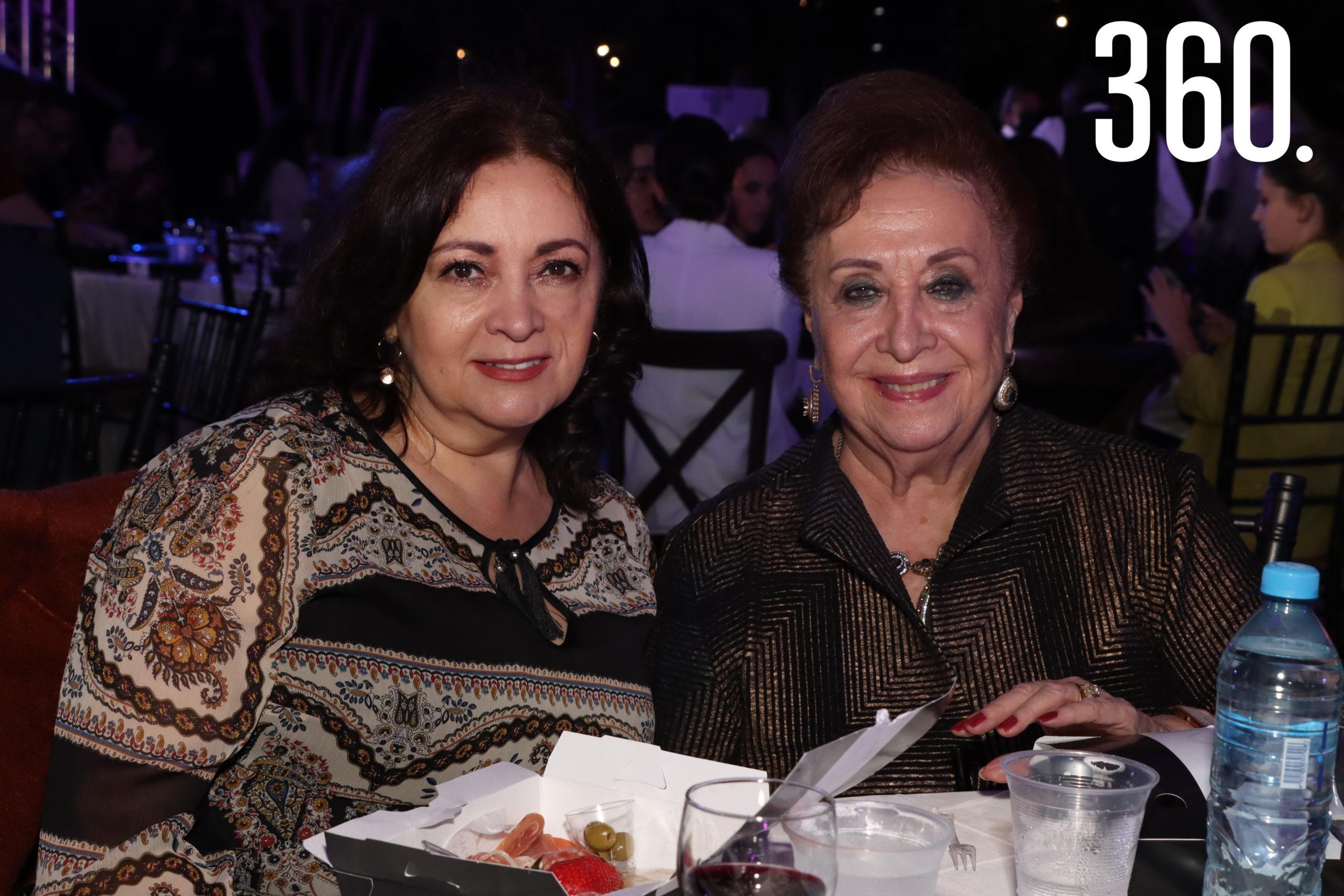 Graciela Garza Arocha y Magadelena Cedillo.
